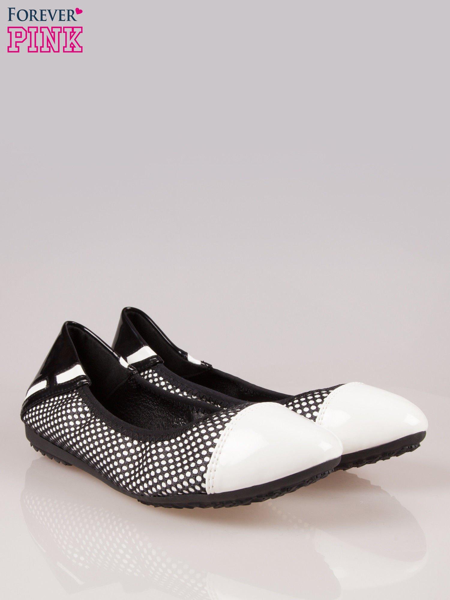 Białe siateczkowe baleriny faux leather Selena na gumkę                                  zdj.                                  2
