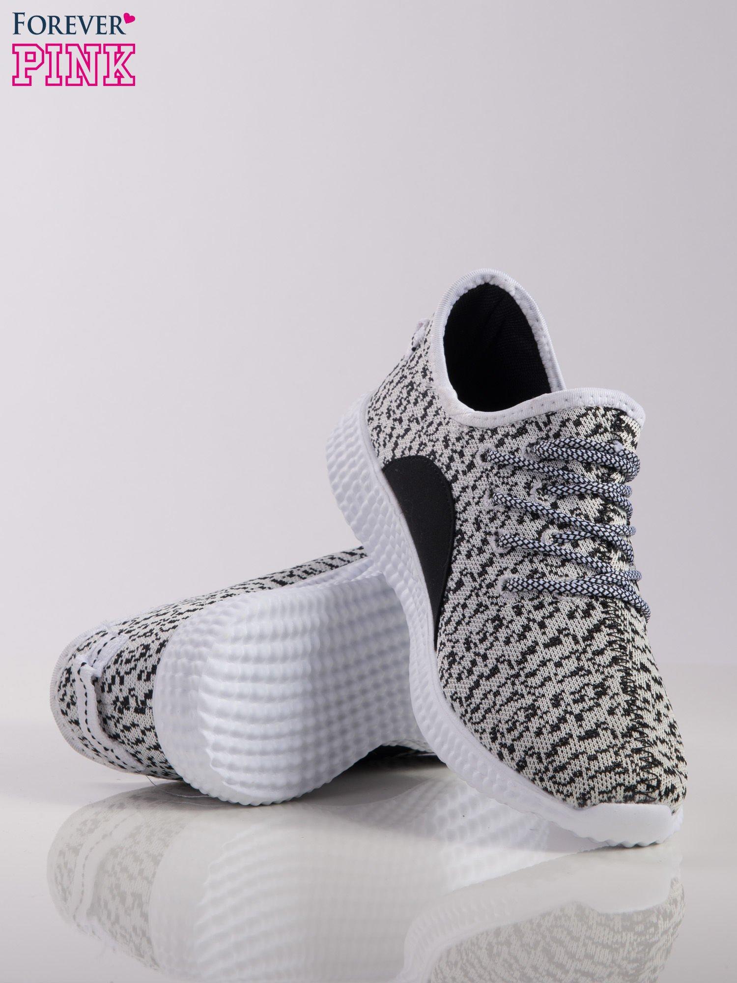 518026d2 ... Biało-czarne marmurkowe buty sportowe pattern z tkaniny z uchwytem z  tyłu na białej podeszwie