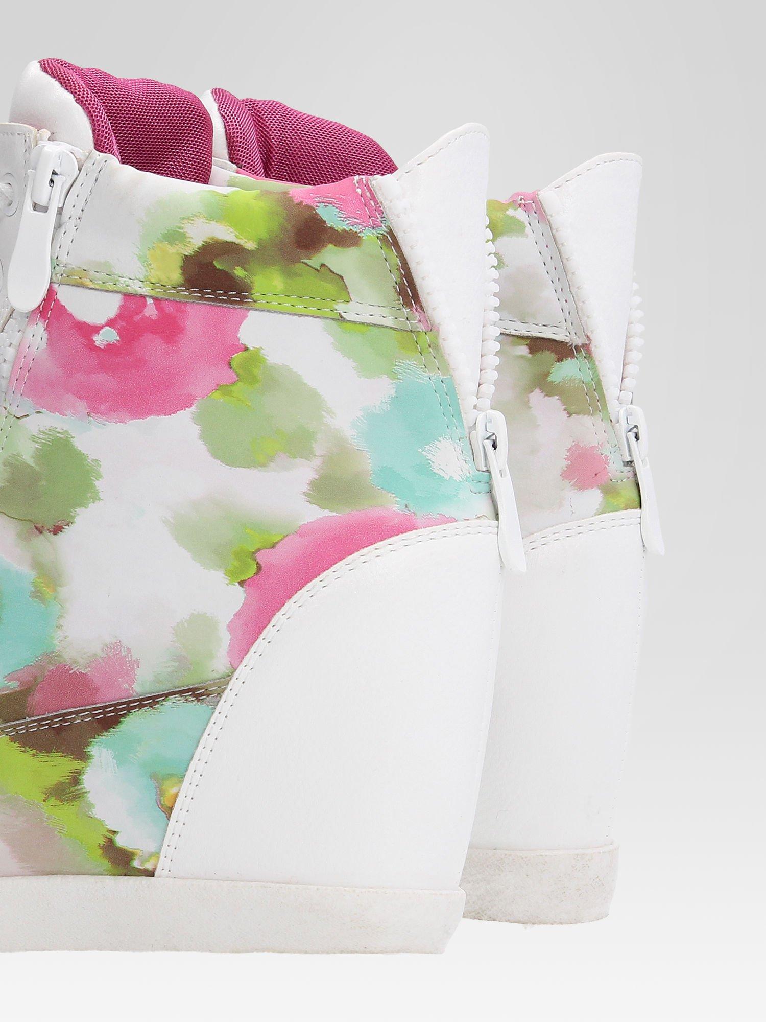 Biało-różowe sneakersy damskie z motywem floral                                  zdj.                                  7