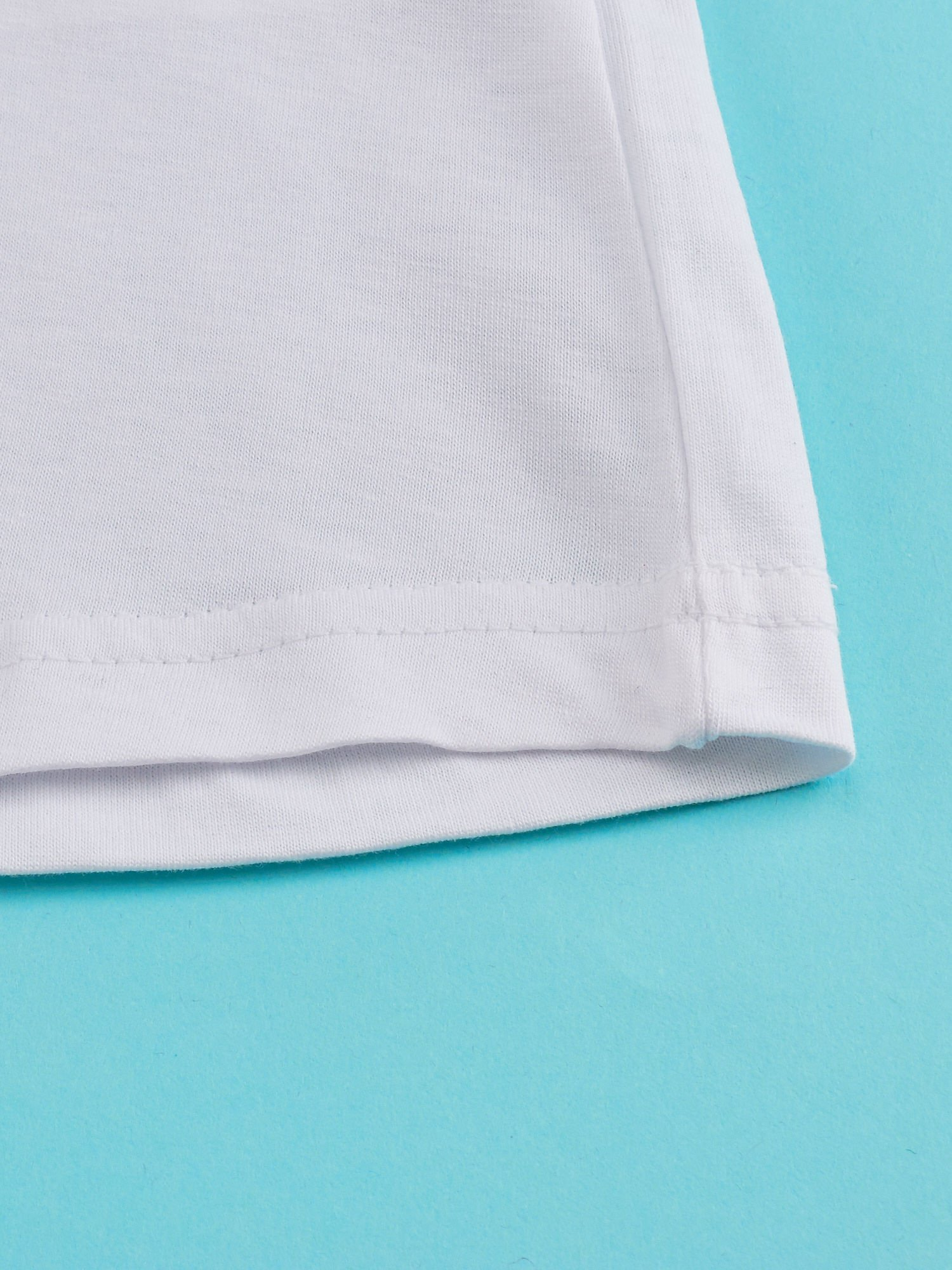 Biały t-shirt dla dziewczynki z napisem ROYAL BLUE                                  zdj.                                  5
