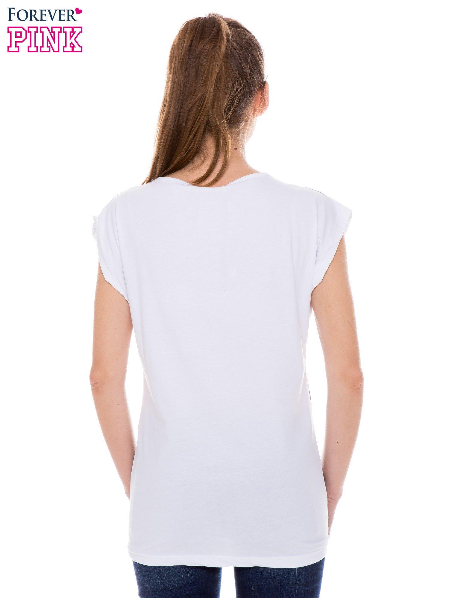 Biały t-shirt z nadrukiem Los Angeles                                  zdj.                                  3