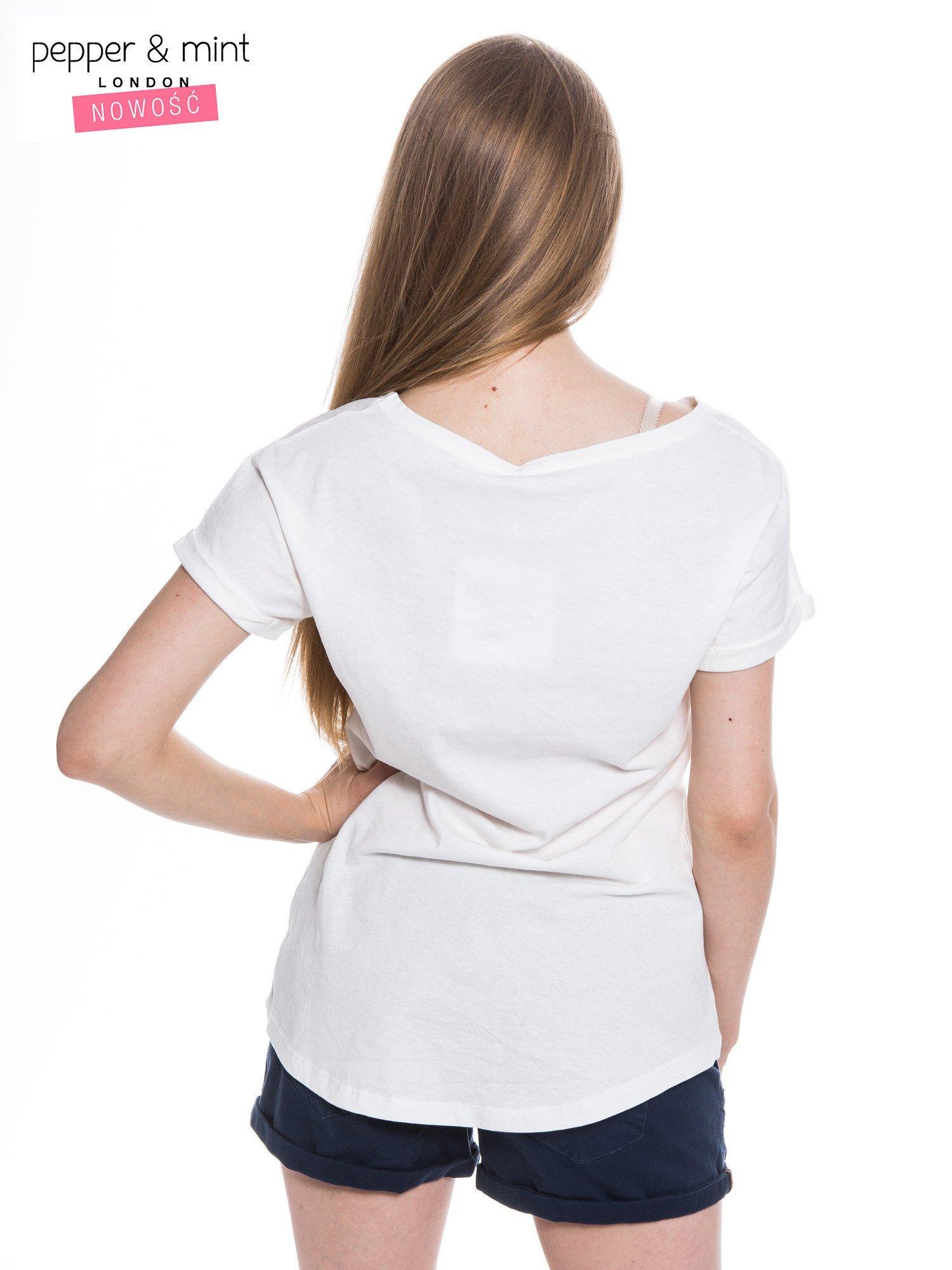 Biały t-shirt z nadrukiem psa w nerdach                                  zdj.                                  3
