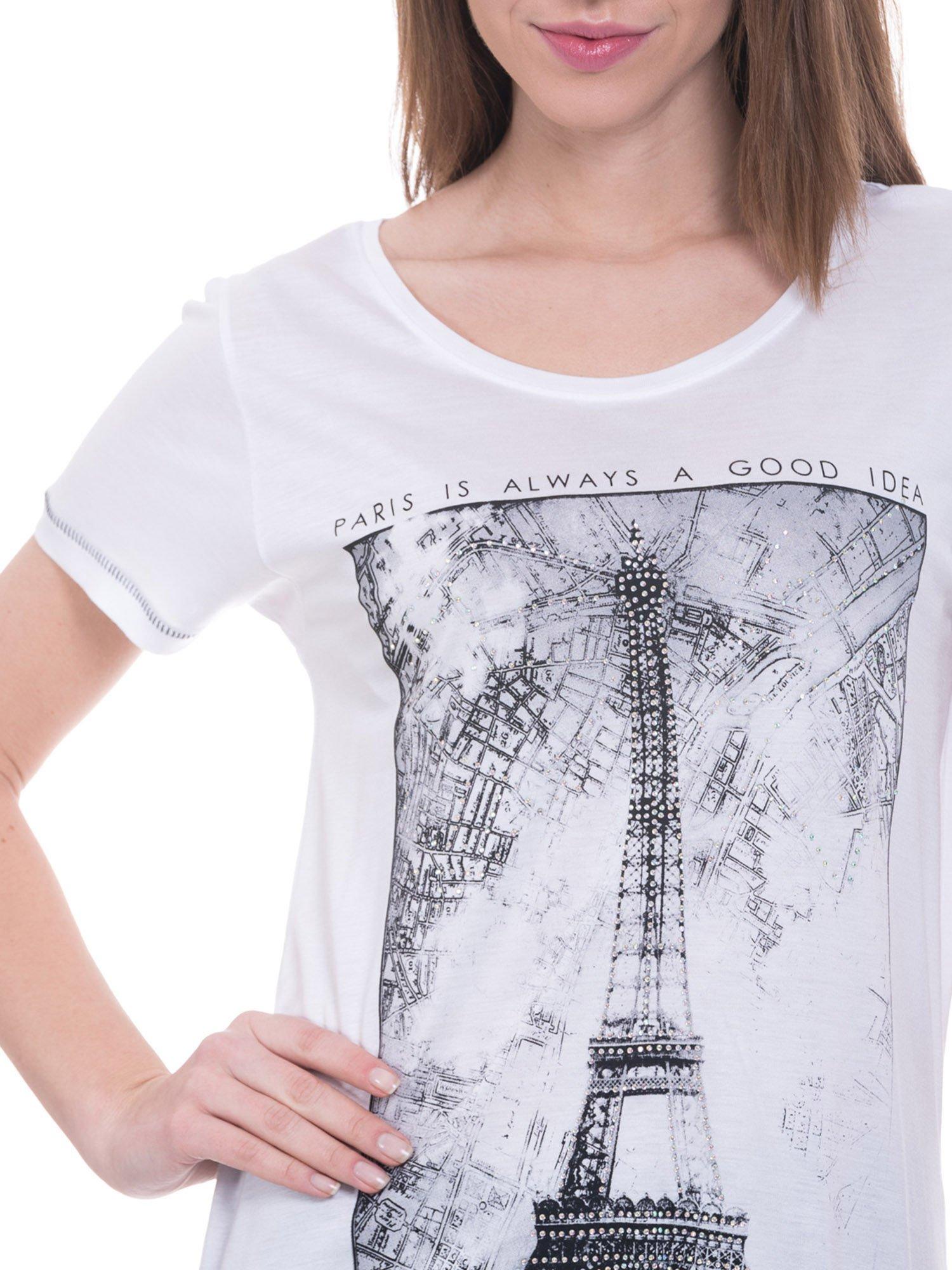 Biały t-shirt z nadrukiem wieży Eiffla                                  zdj.                                  3