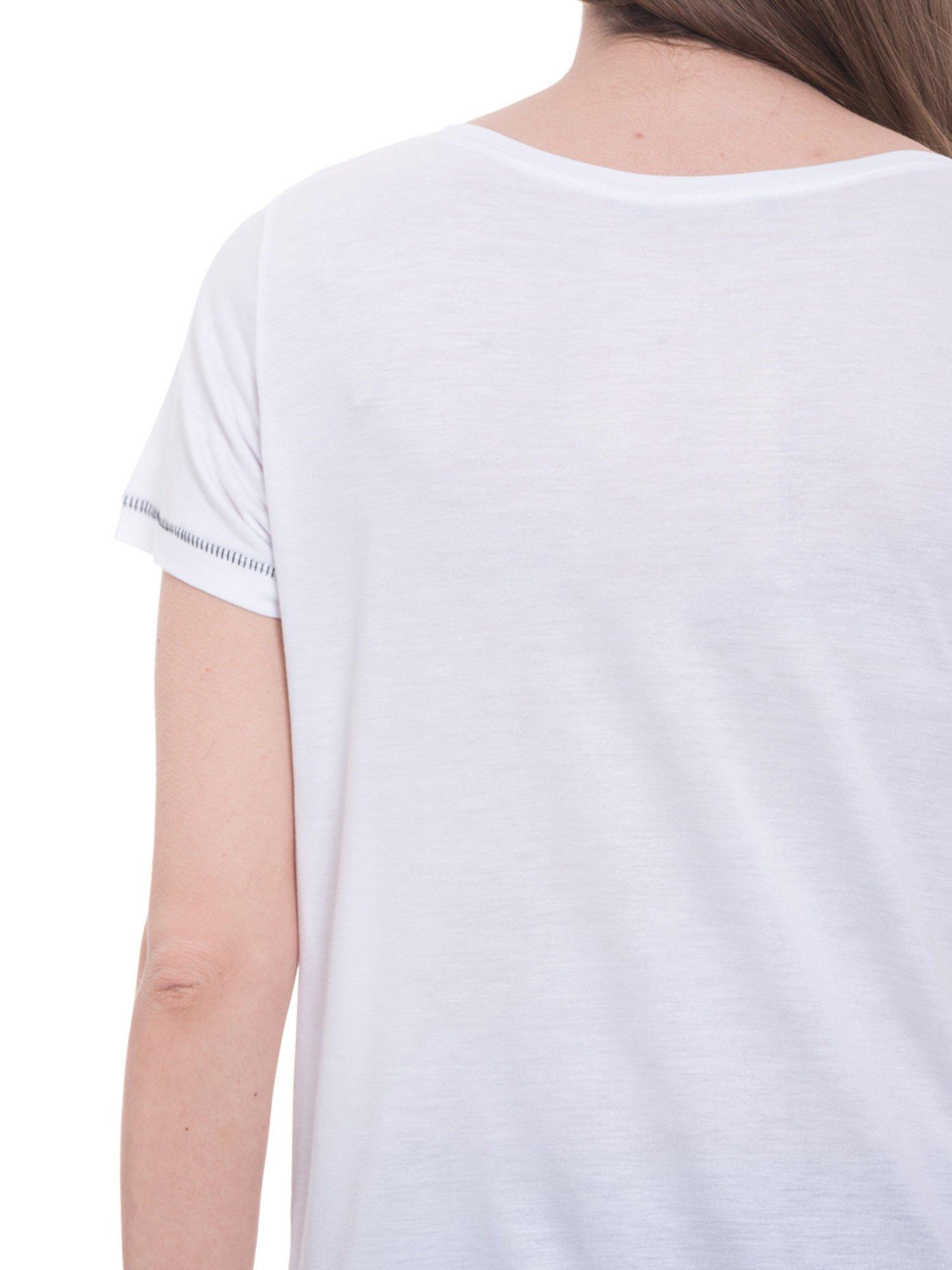 Biały t-shirt z nadrukiem wieży Eiffla                                  zdj.                                  6