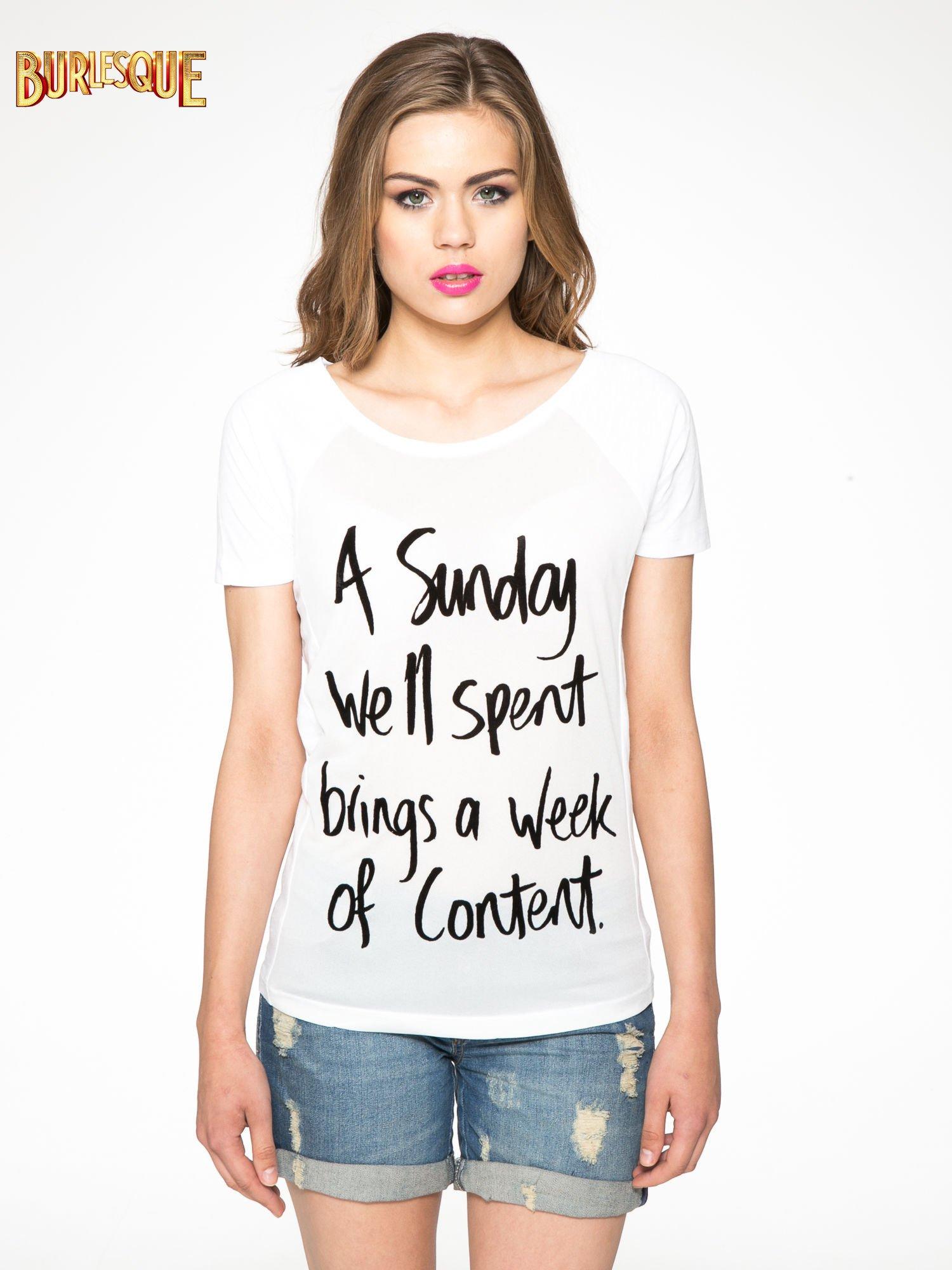 Biały t-shirt z napisem A SUNDAY                                  zdj.                                  11