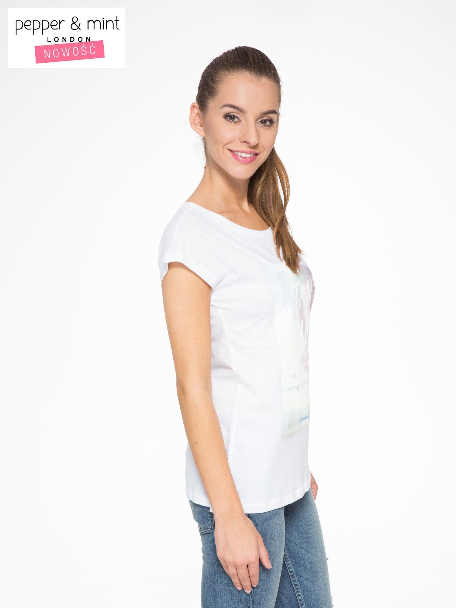Biały t-shirt z napisem STAND BY ME                                  zdj.                                  3