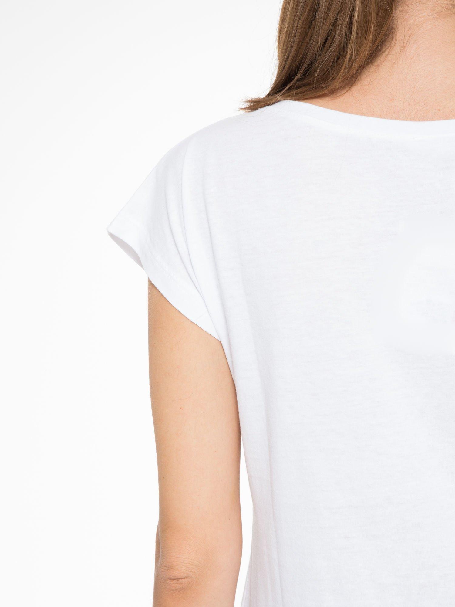 Biały t-shirt z napisem STAND BY ME                                  zdj.                                  9