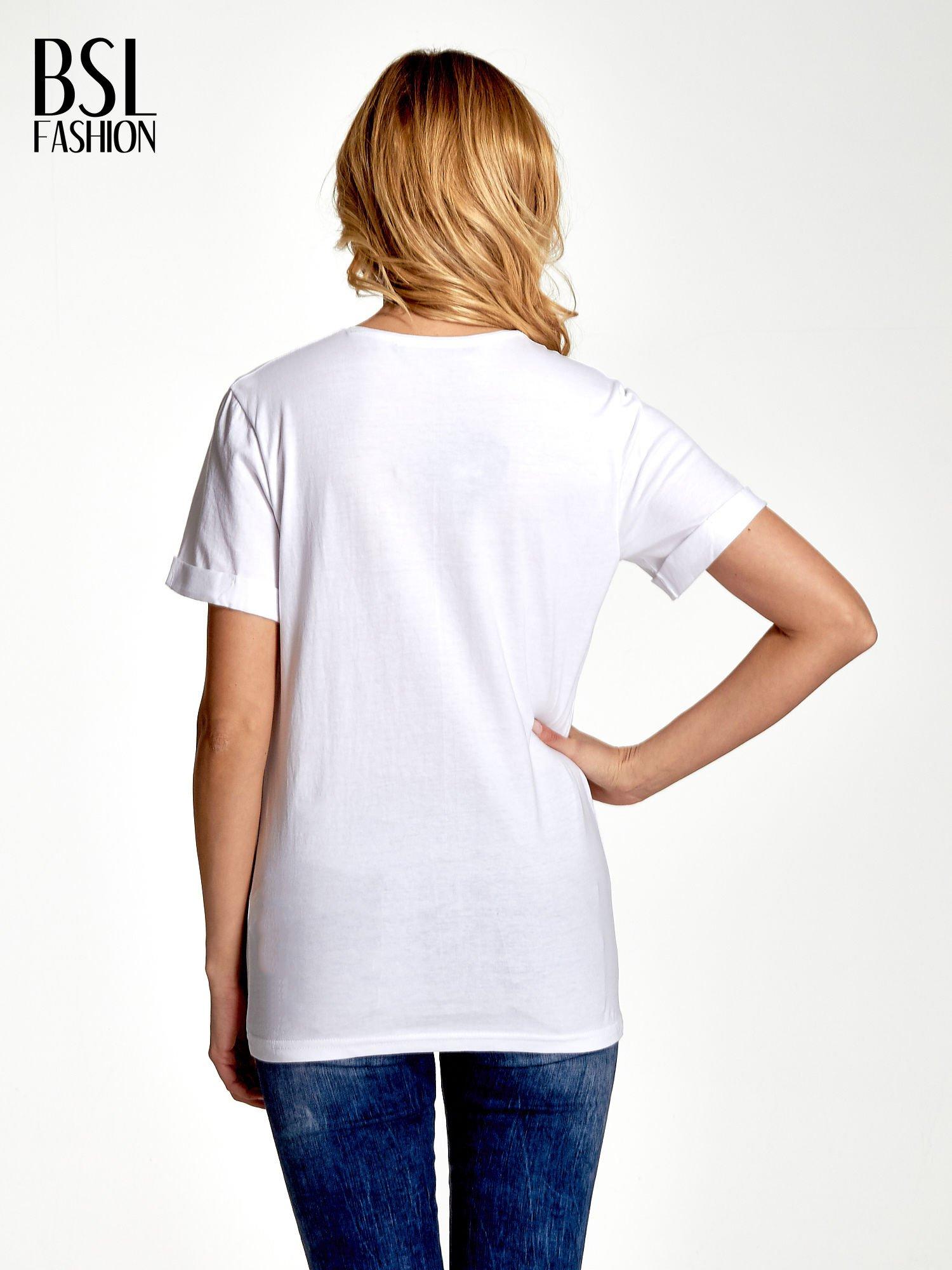 Biały t-shirt ze złotym nadrukiem orła i napisem BOY LONDON                                  zdj.                                  4