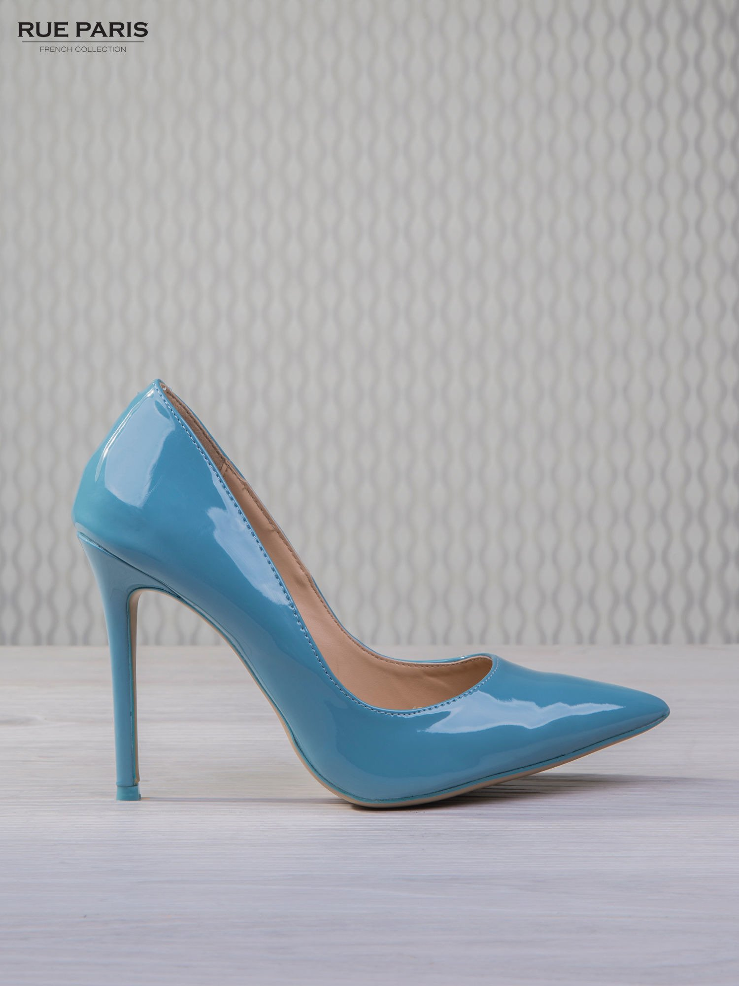 Błękitne lakierowane szpilki Jennifer w szpic                                  zdj.                                  2