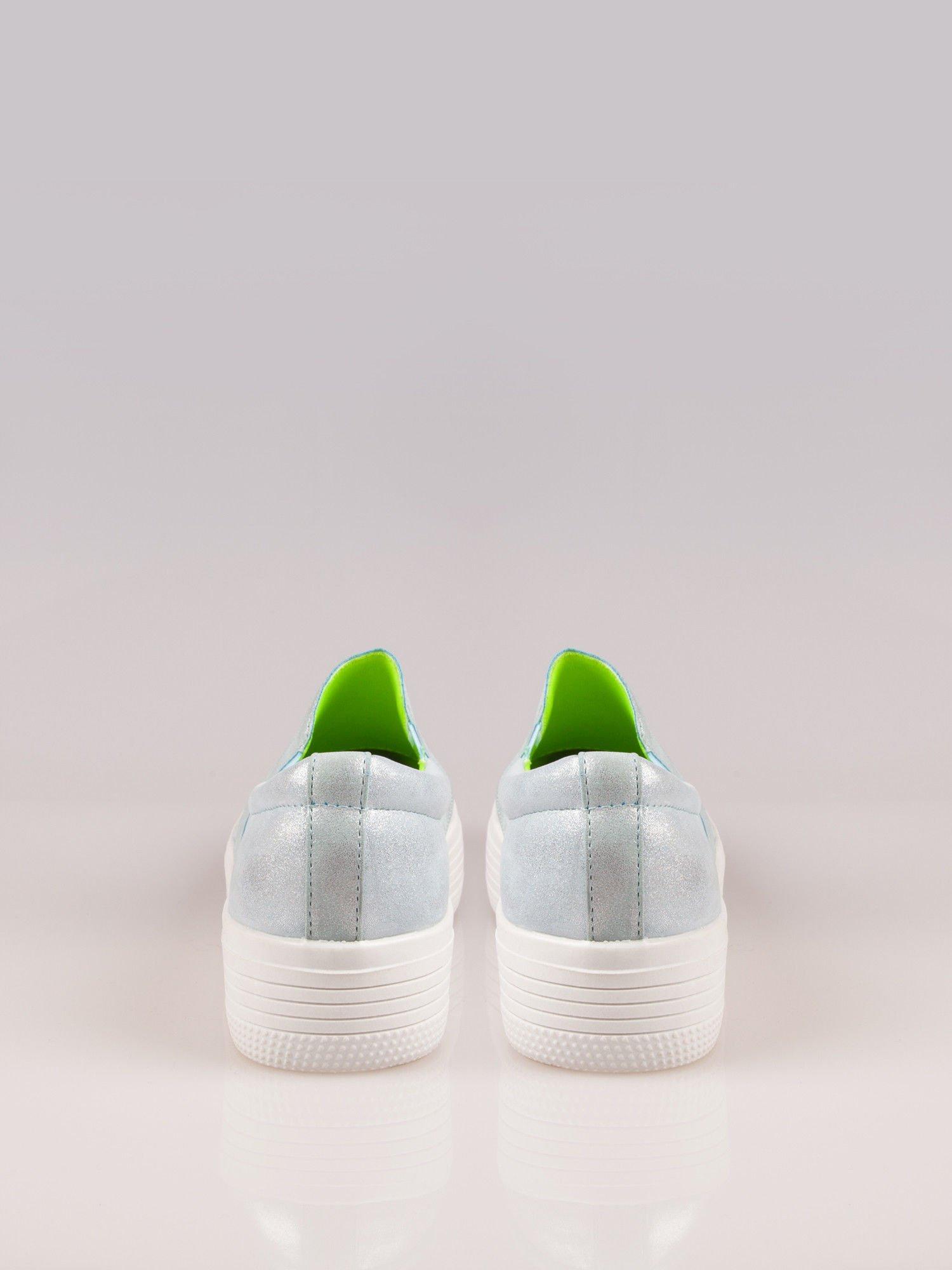 Błękitne metaliczne buty slip on na grubej podeszwie                                  zdj.                                  3