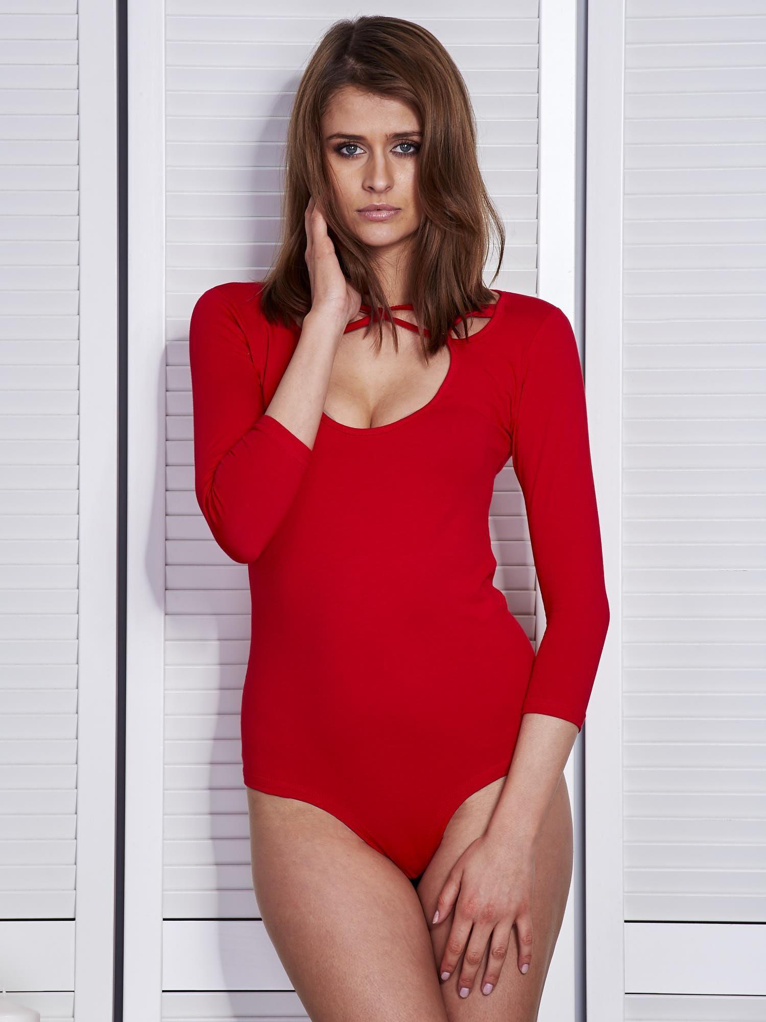 8d24206710b74b Body damskie czerwone z ozdobnym dekoltem - Bluzka body - sklep ...