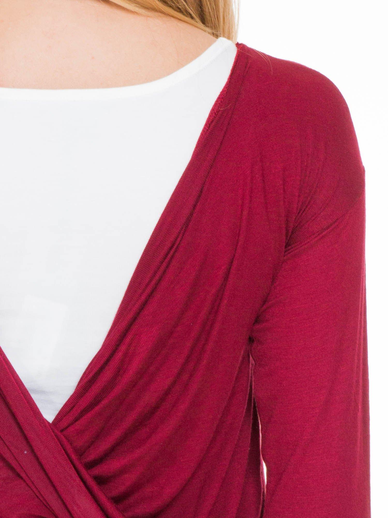 Bordowa bluzka z kopertowym dekoltem na plecach                                  zdj.                                  7