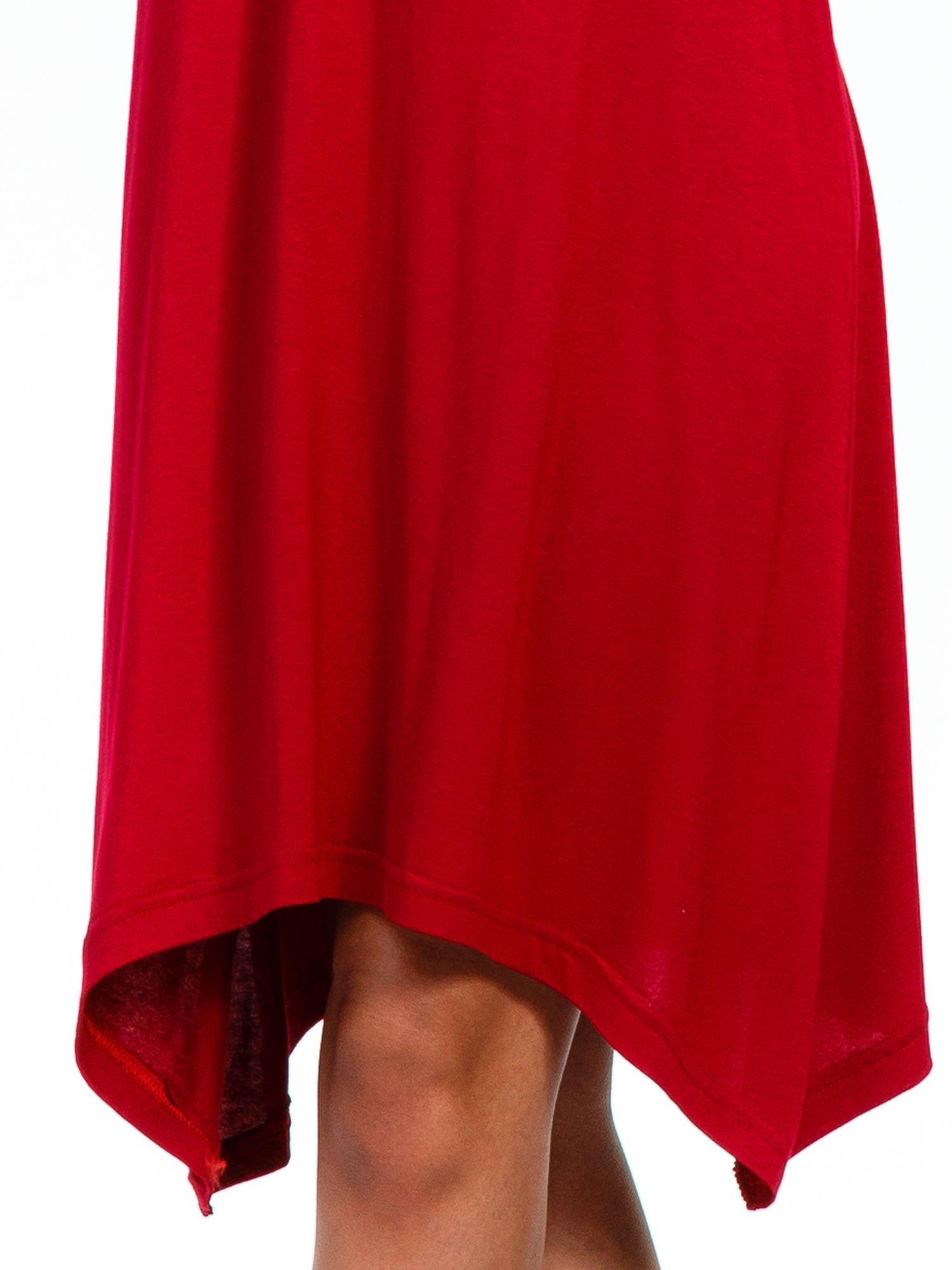 Bordowa luźna sukienka z asymetrycznym dołem                                  zdj.                                  8