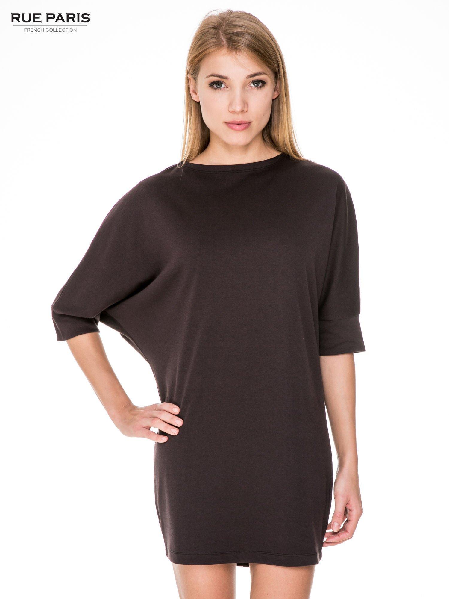 Brązowa bawełniana sukienka z luźnym rękawem                                  zdj.                                  1
