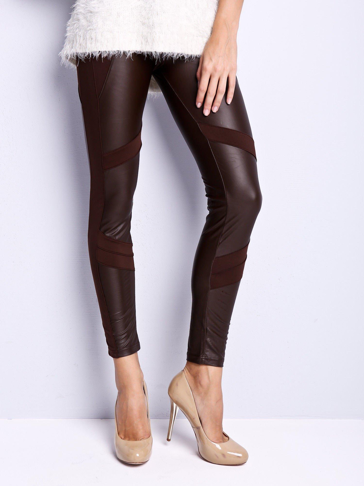 Ciemnobrązowe legginsy modelujące ze skórzanymi panelami                                  zdj.                                  1