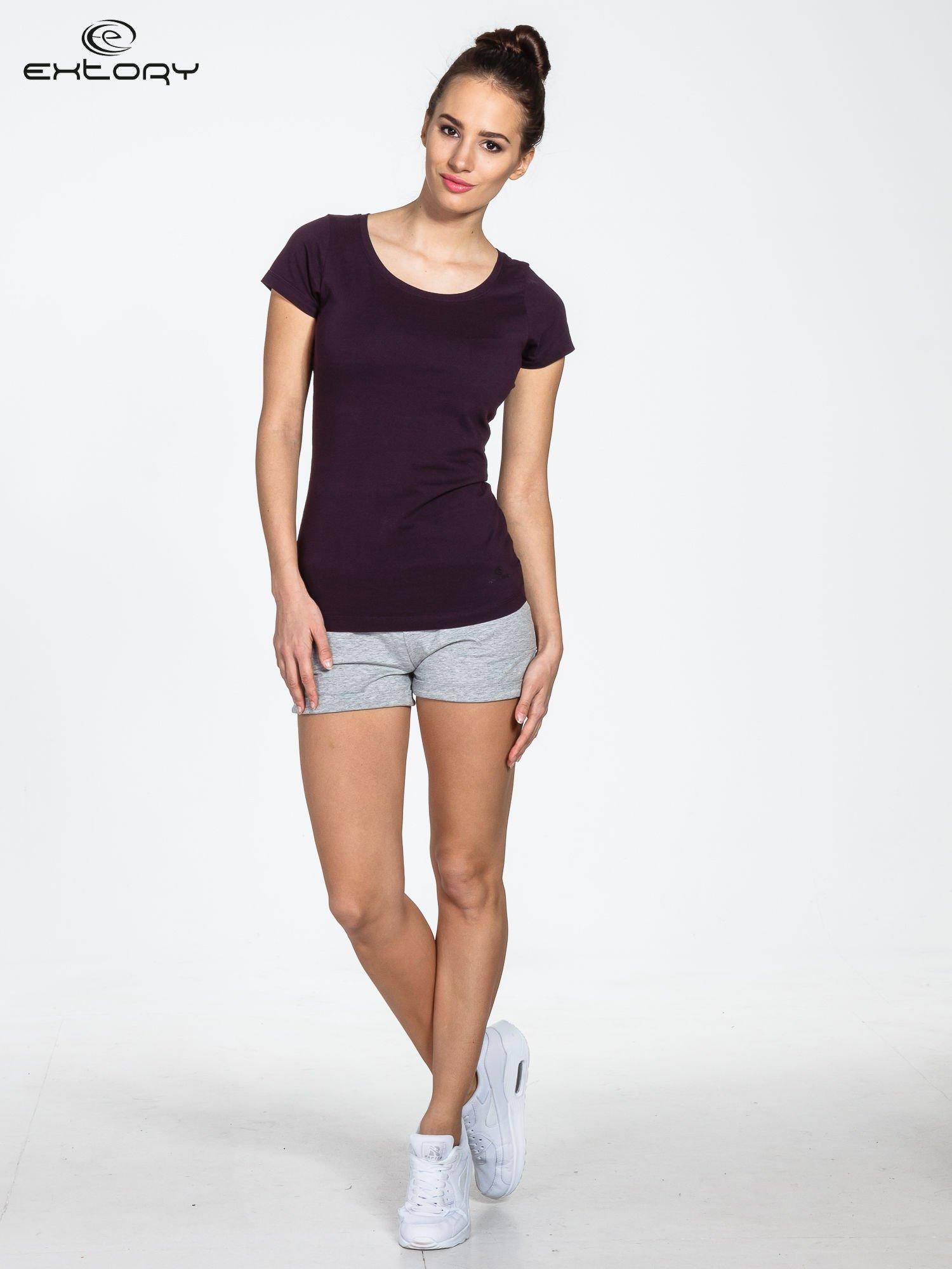 Ciemnofioletowy damski t-shirt sportowy basic PLUS SIZE                                  zdj.                                  2