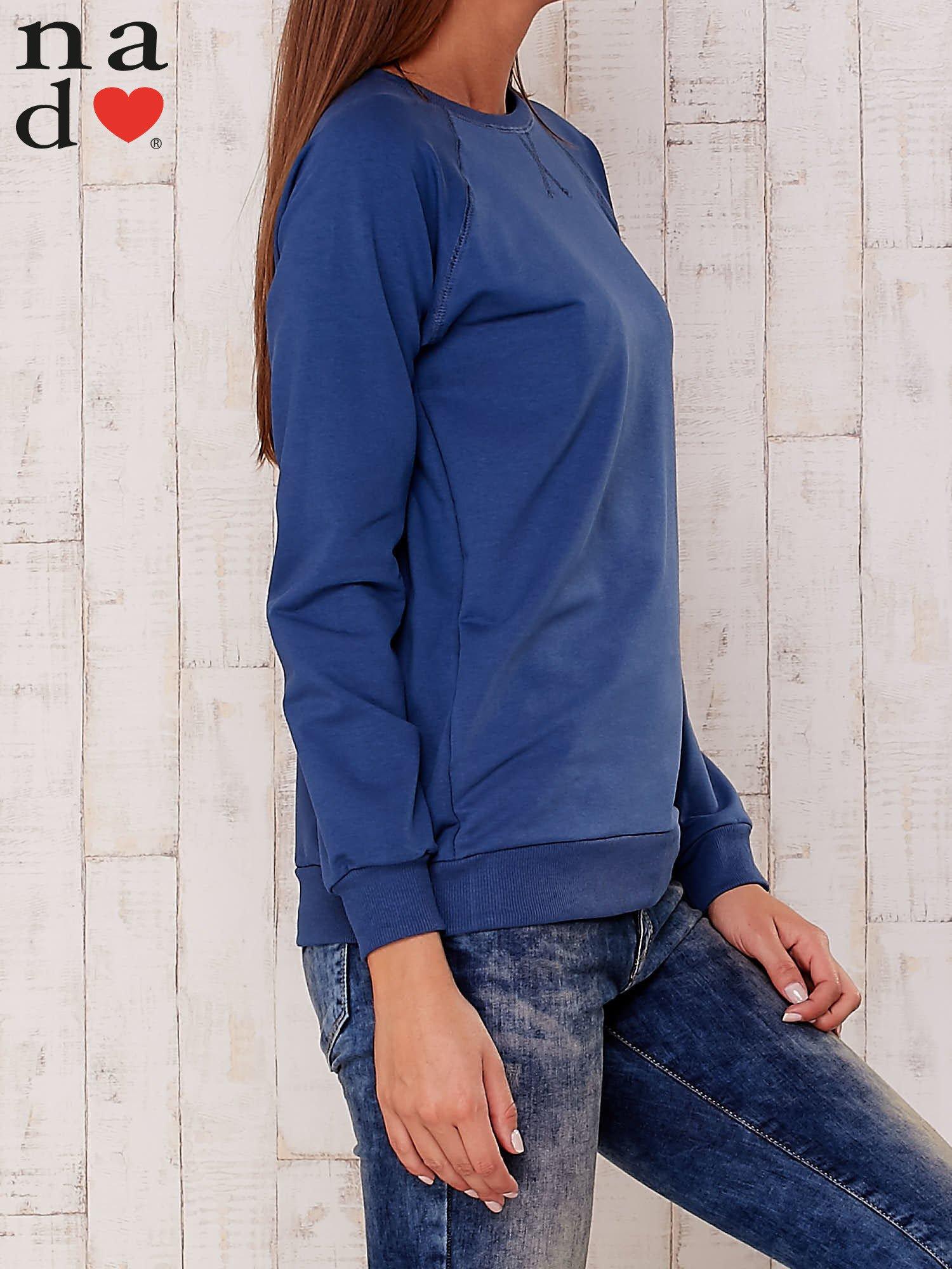 Ciemnoniebieska gładka bluza                                  zdj.                                  3