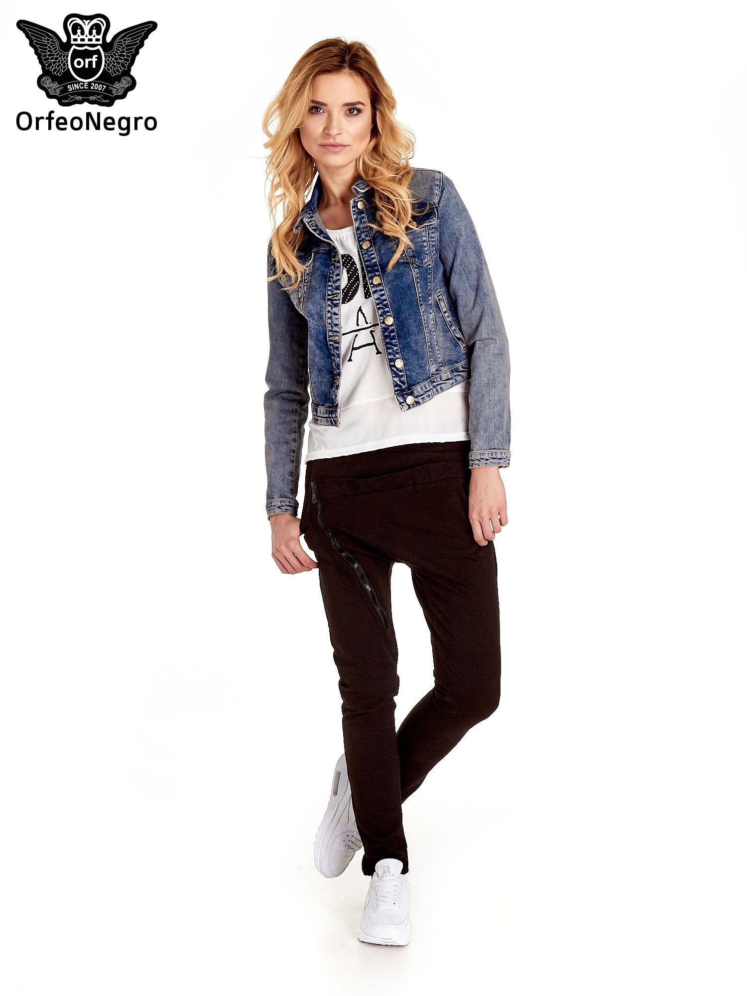 Ciemnoniebieska klasyczna kurtka jeansowa damska                                  zdj.                                  2