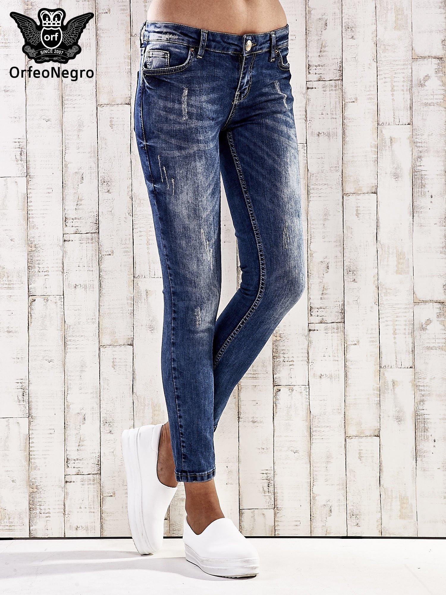 Ciemnoniebieskie spodnie jeansy marble denim                                  zdj.                                  1