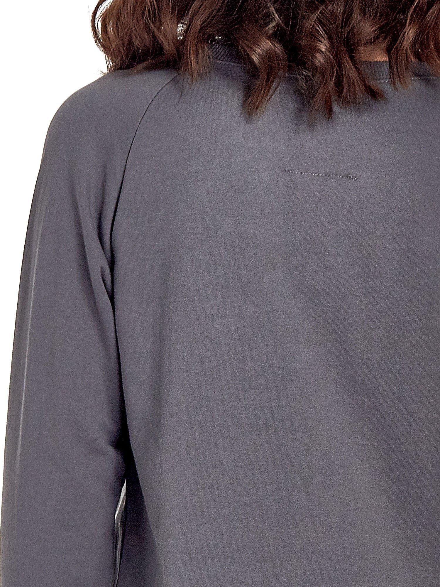 Ciemnoszara klasyczna bluza damska z napisem WORK OUT                                  zdj.                                  7