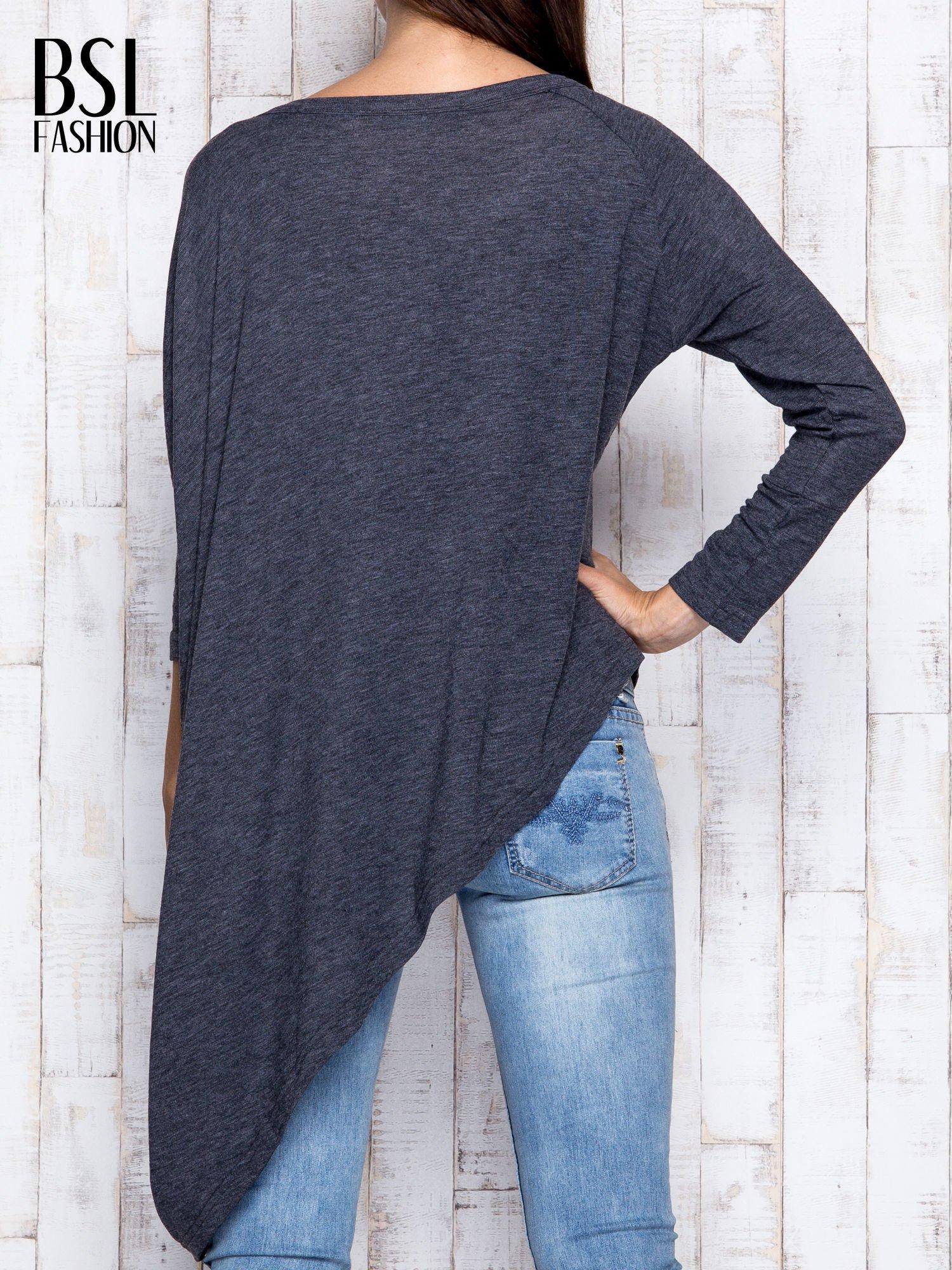 Ciemnoszara melanżowa bluzka oversize                                  zdj.                                  5