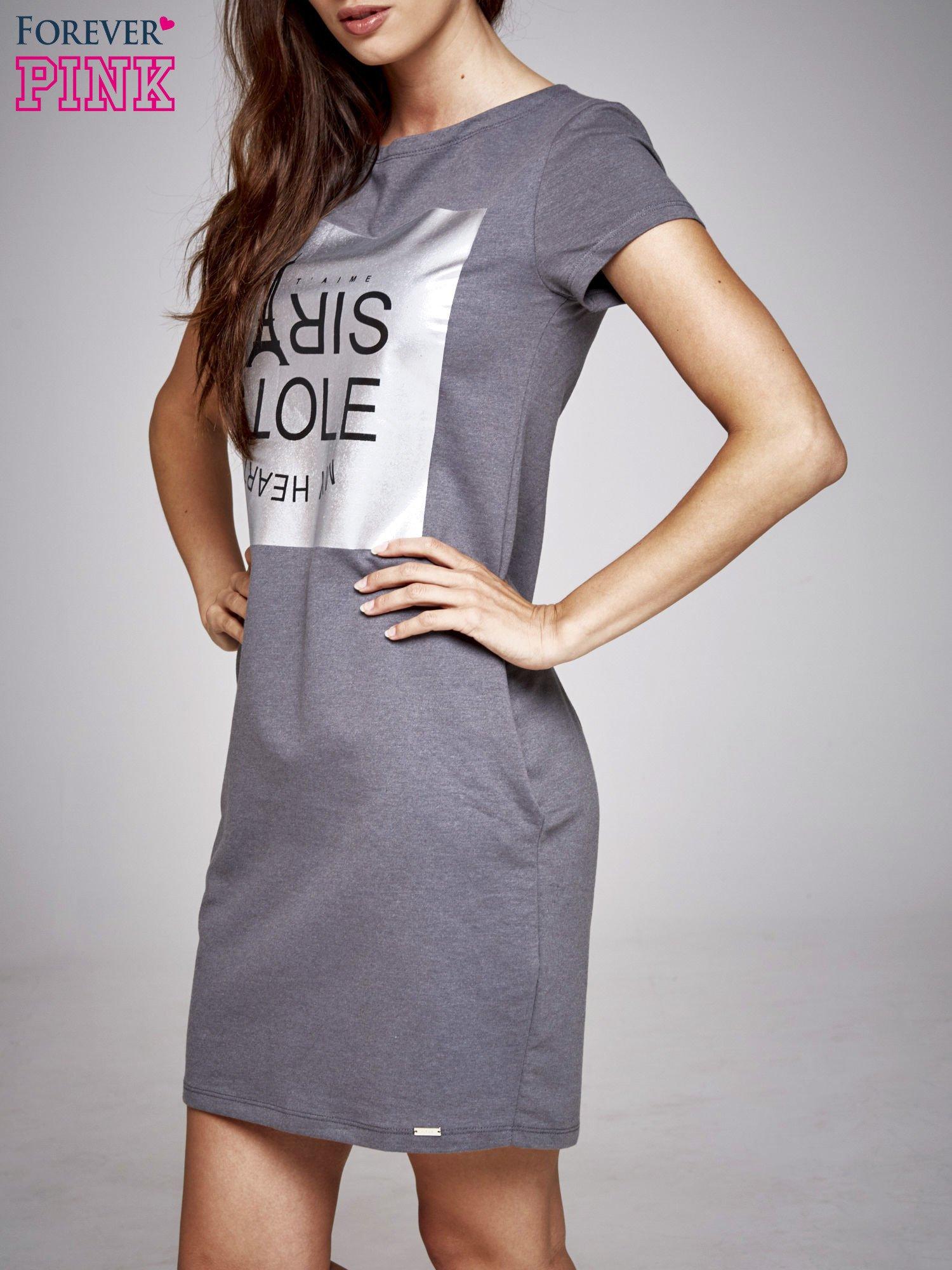 Ciemnoszara sukienka dresowa ze srebrnym printem PARIS                                  zdj.                                  3