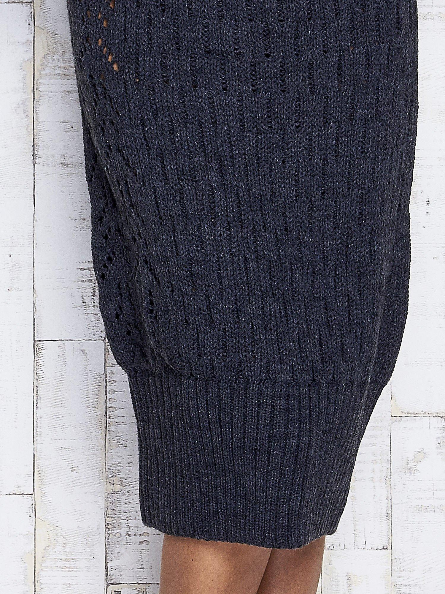 Ciemnoszara swetrowa sukienka midi                                  zdj.                                  7