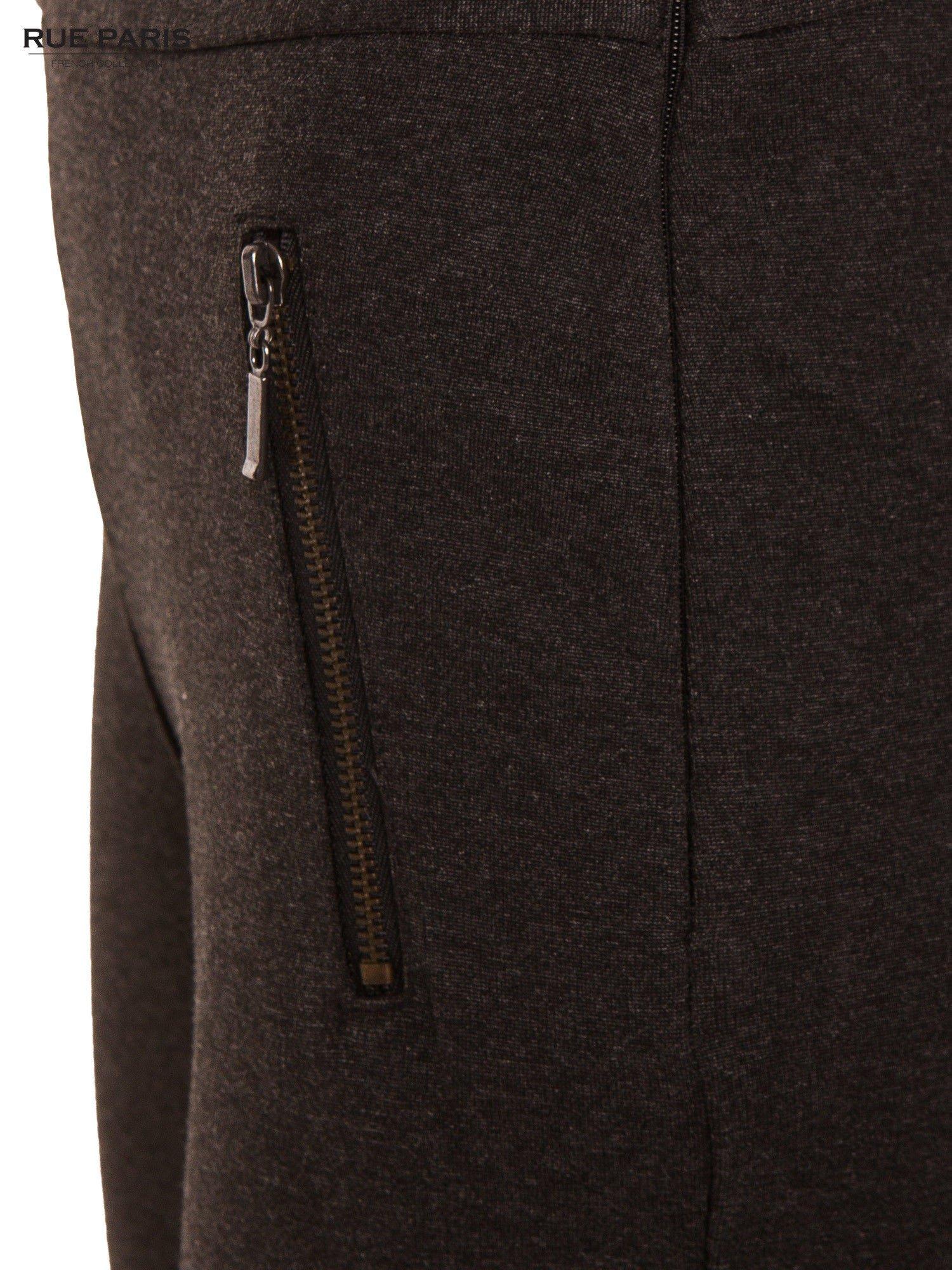 Ciemnoszare dzianinowe spodnie dzwony w kant                                  zdj.                                  7