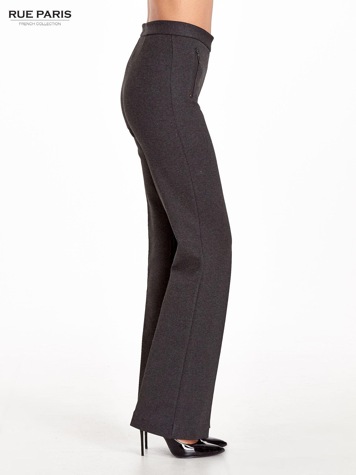 Ciemnoszare materiałowe spodnie dzwony w kant                                  zdj.                                  3