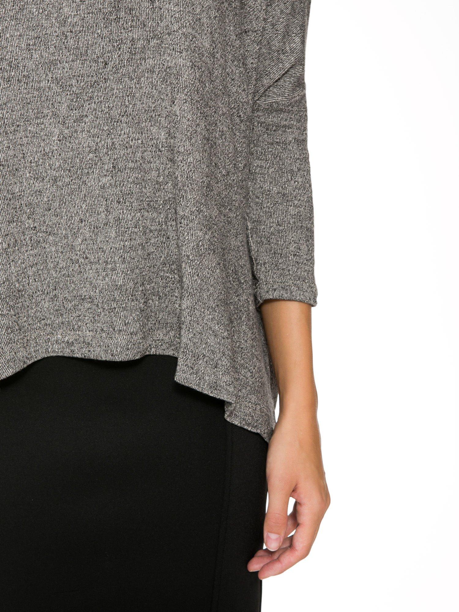 Ciemnoszary melanżowy sweter oversize o obniżonej linii ramion                                  zdj.                                  6
