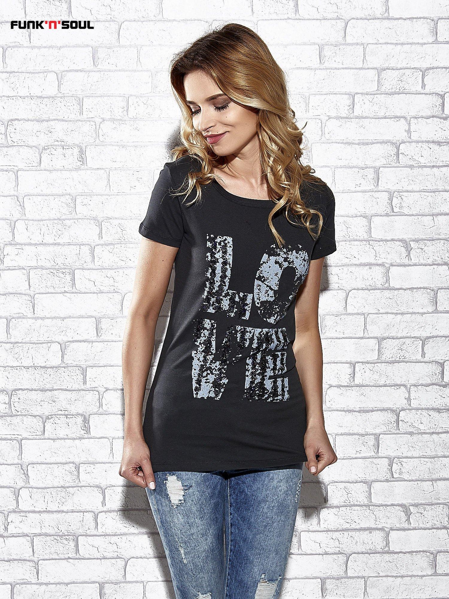 Ciemnoszary t-shirt z napisem LOVE Funk n Soul                                  zdj.                                  1