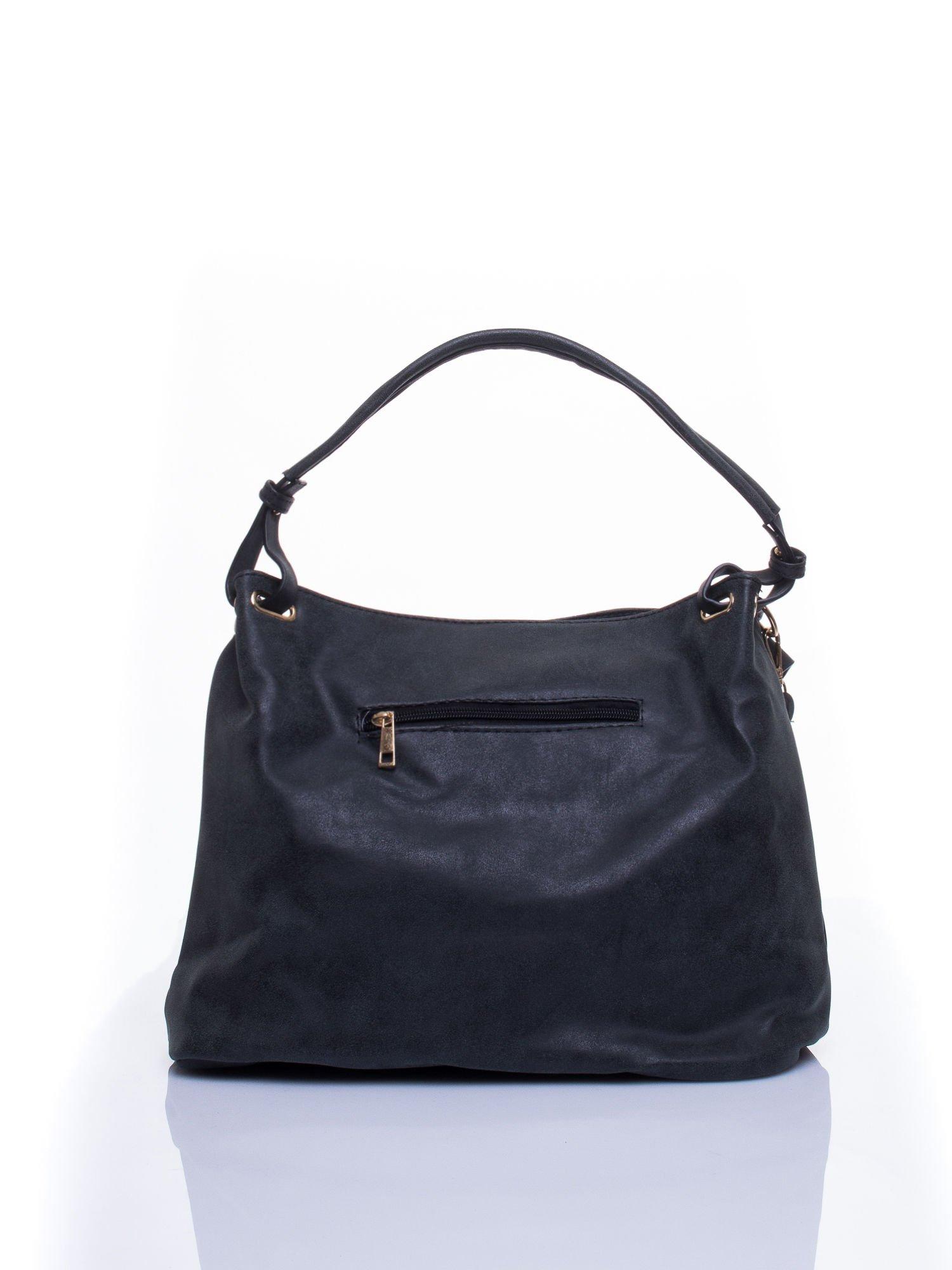Czarna ażurowa torba na ramię                                  zdj.                                  3