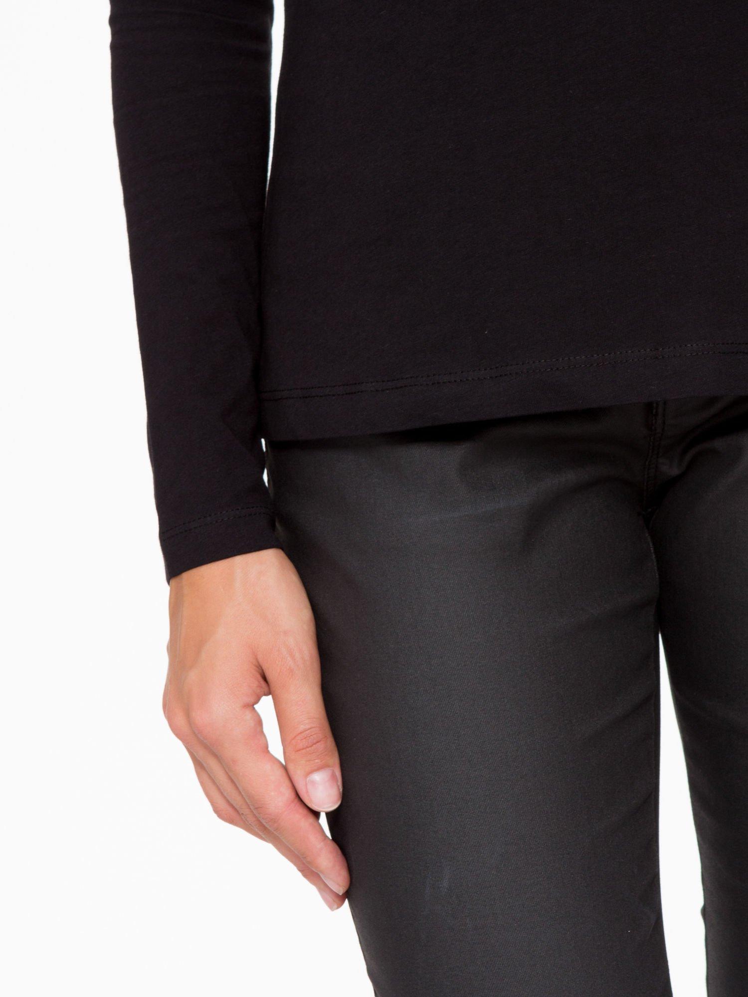 Czarna basicowa bluzka z długim rękawem                                  zdj.                                  7