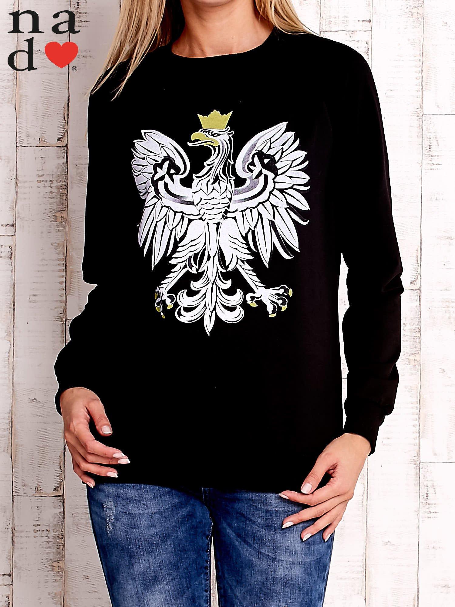 Czarna bluza z godłem                                  zdj.                                  1