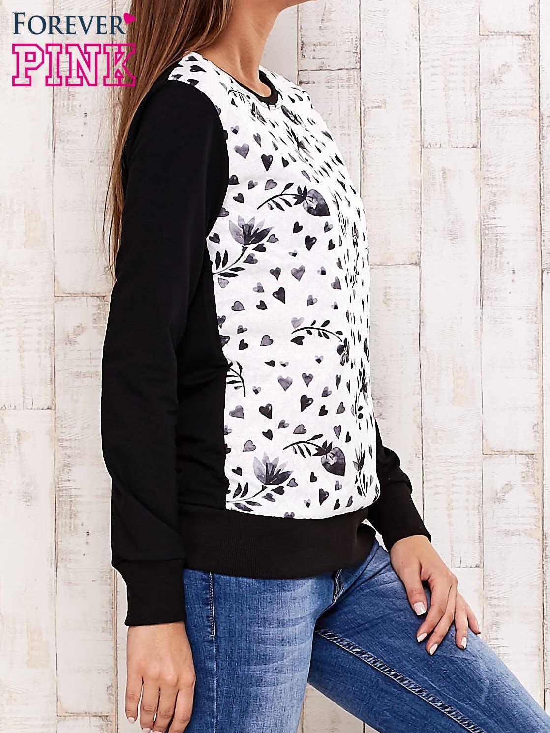 Czarna bluza z motywem serduszek                                  zdj.                                  3
