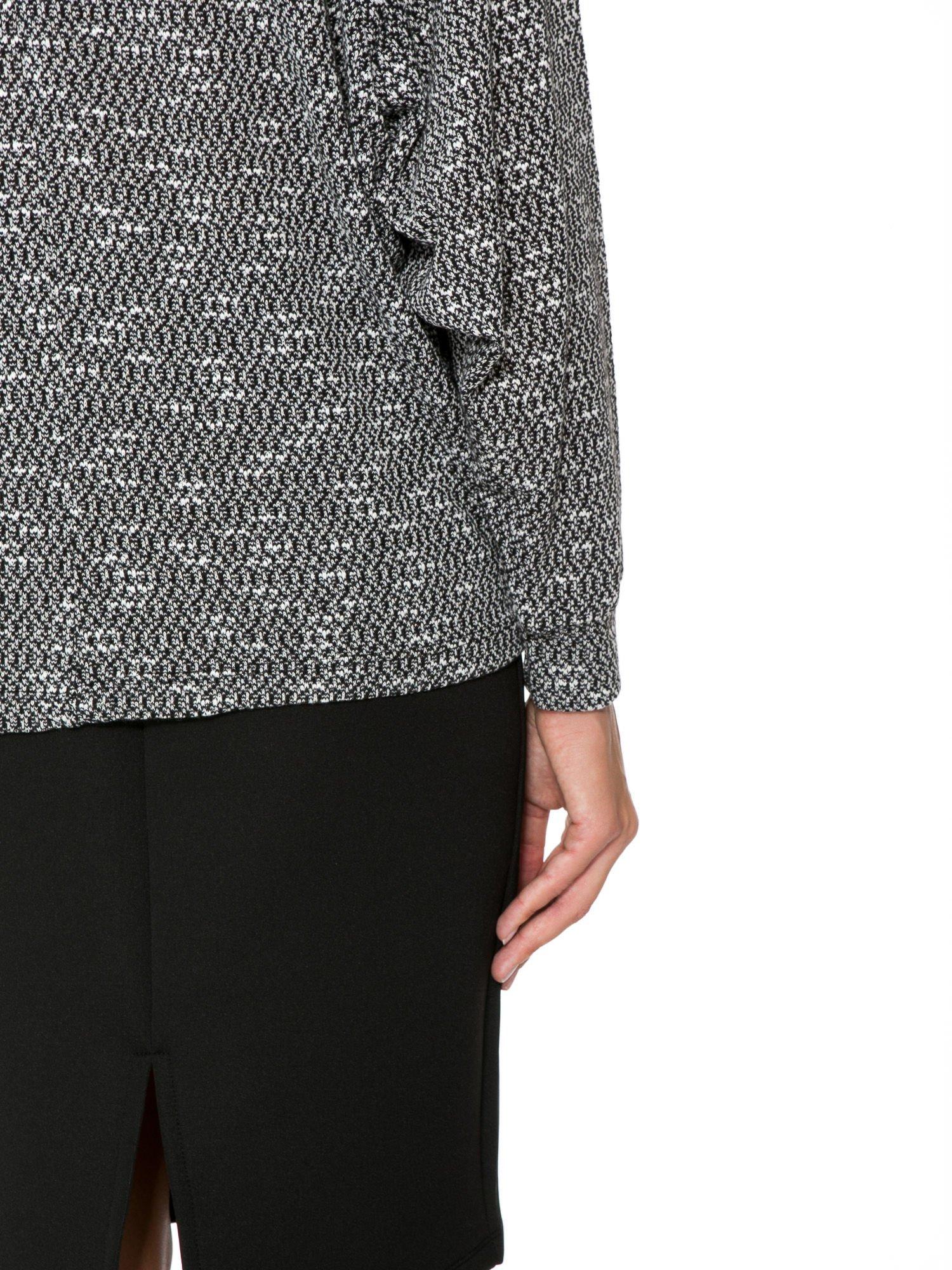 Czarna bluzka oversize z nietoperzowymi rękawami                                  zdj.                                  9