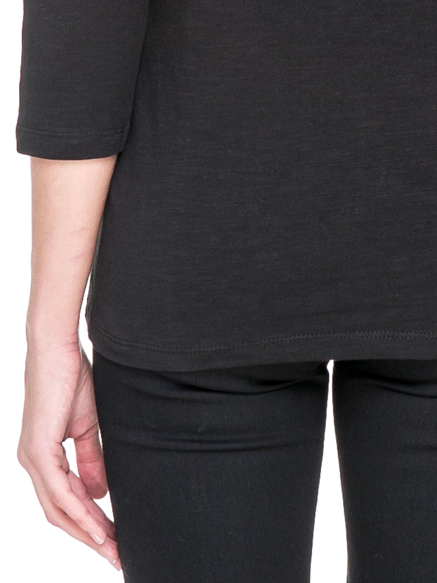 Czarna bluzka z koronkowym przodem                                  zdj.                                  7