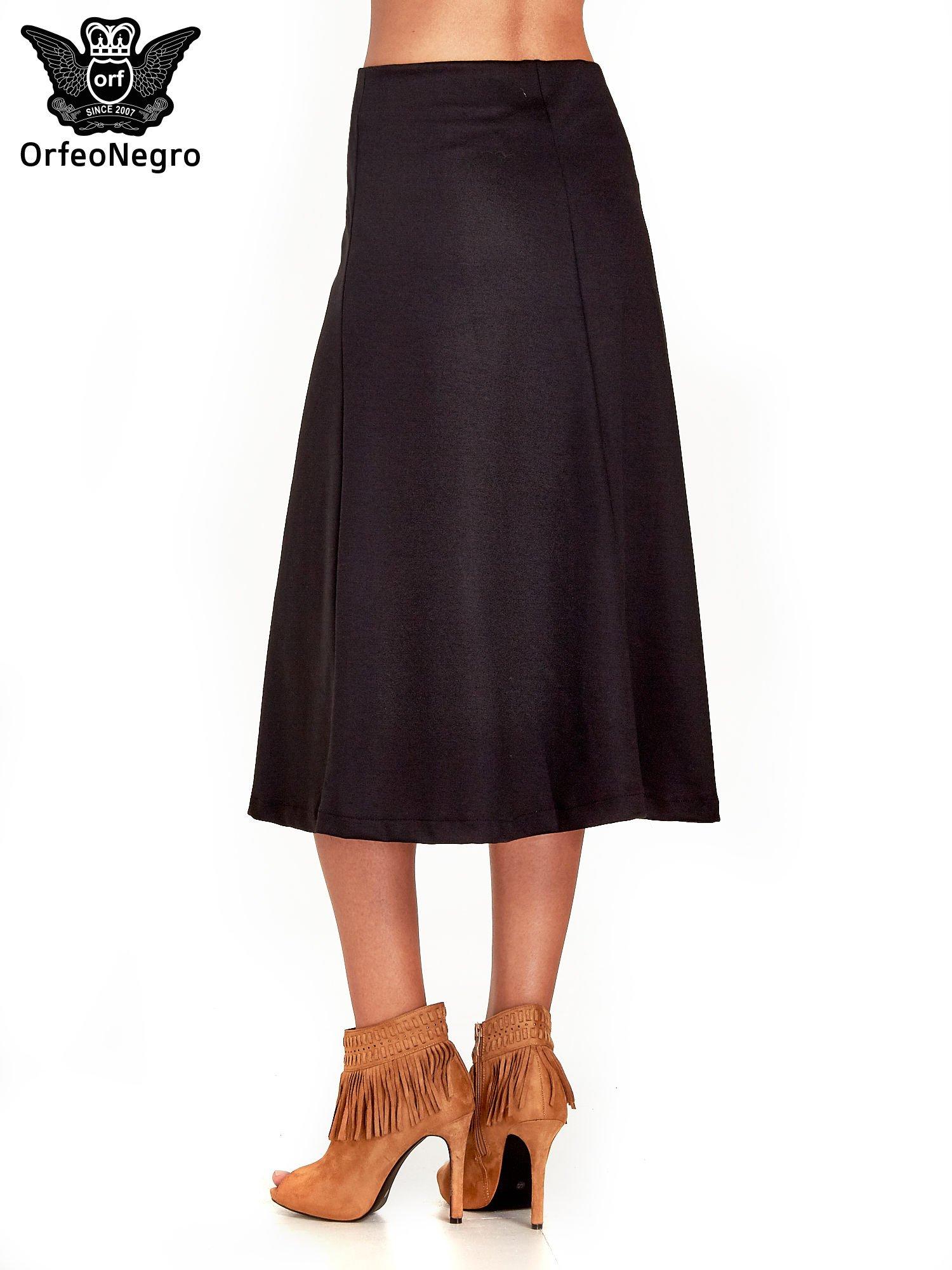 Czarna elegancka spódnica midi o rozkloszowanym kroju                                  zdj.                                  4