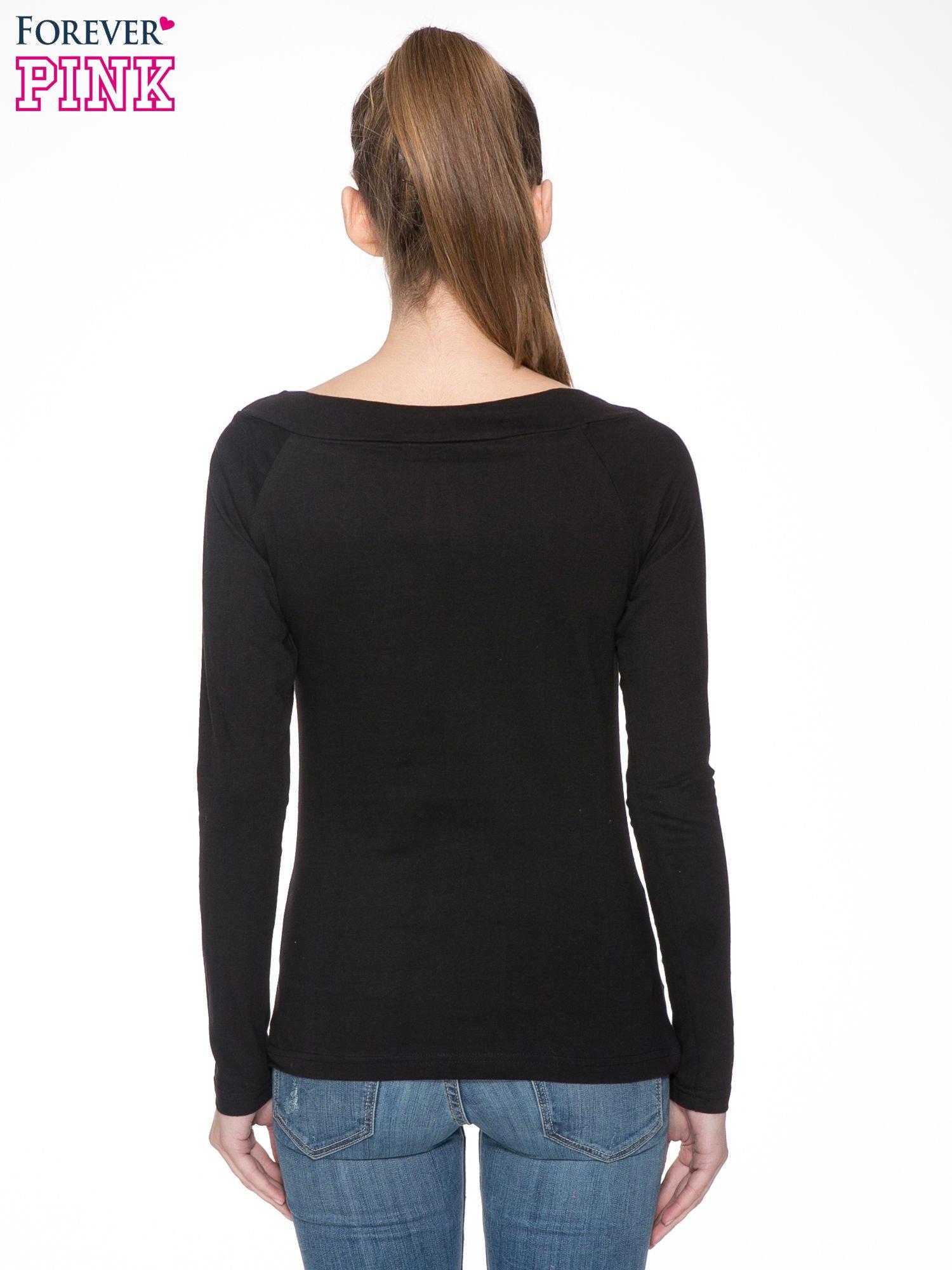 Czarna gładka bluzka z reglanowymi rękawami                                  zdj.                                  4