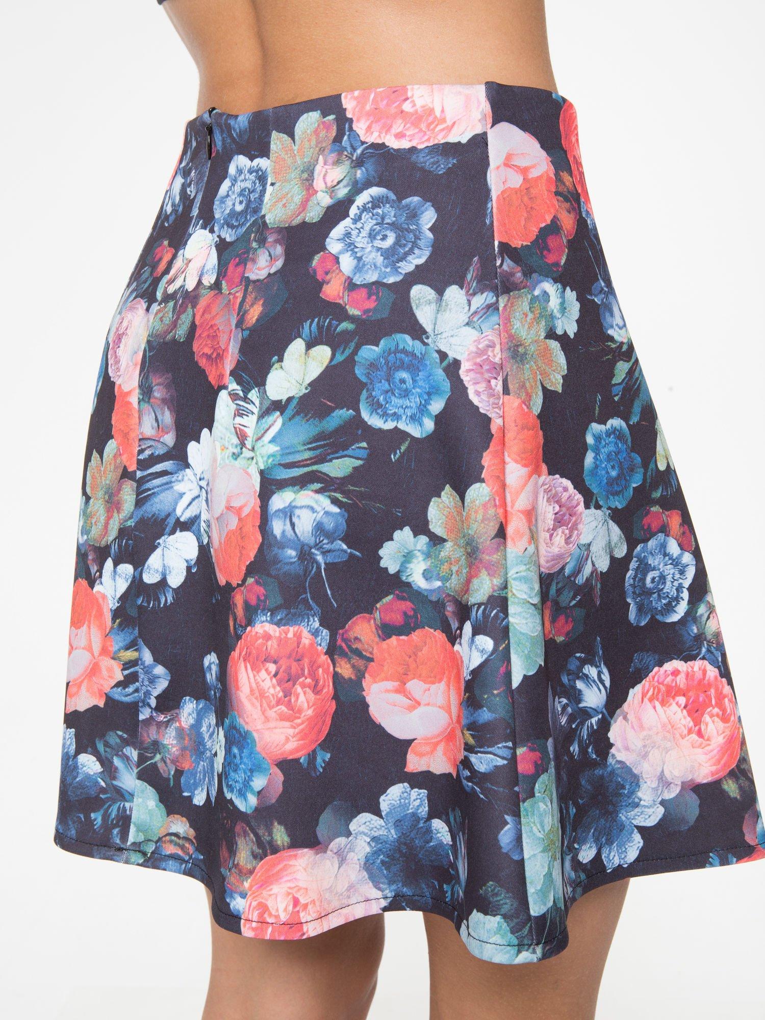 Czarna kwiatowa mini spódnica skater                                  zdj.                                  7