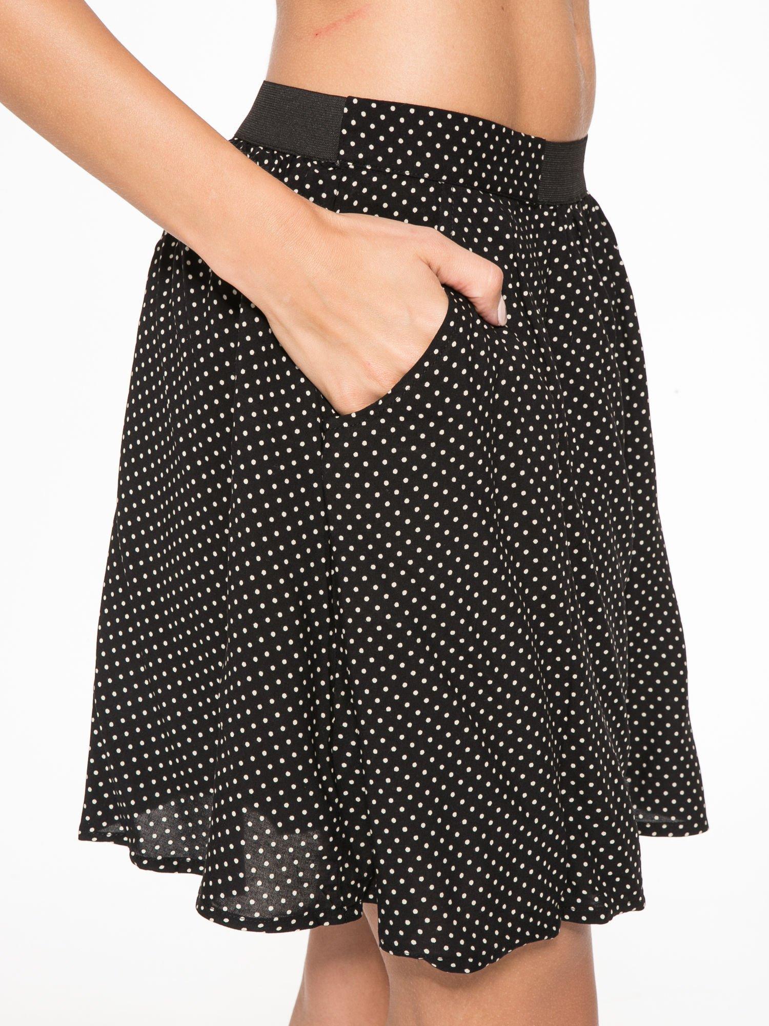 Czarna mini spódnica w kropki                                  zdj.                                  6