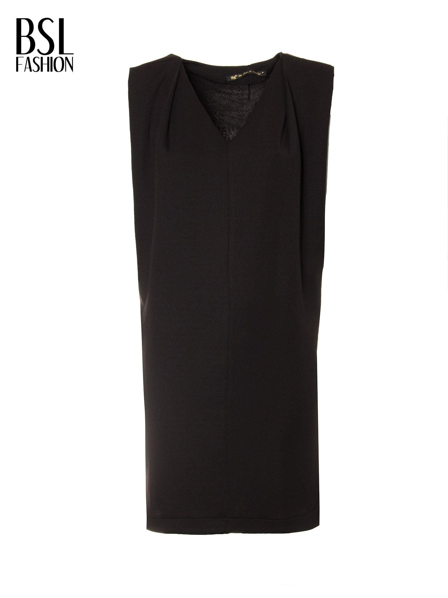 Czarna minimalistyczna sukienka z dekoltem w serek                                  zdj.                                  5