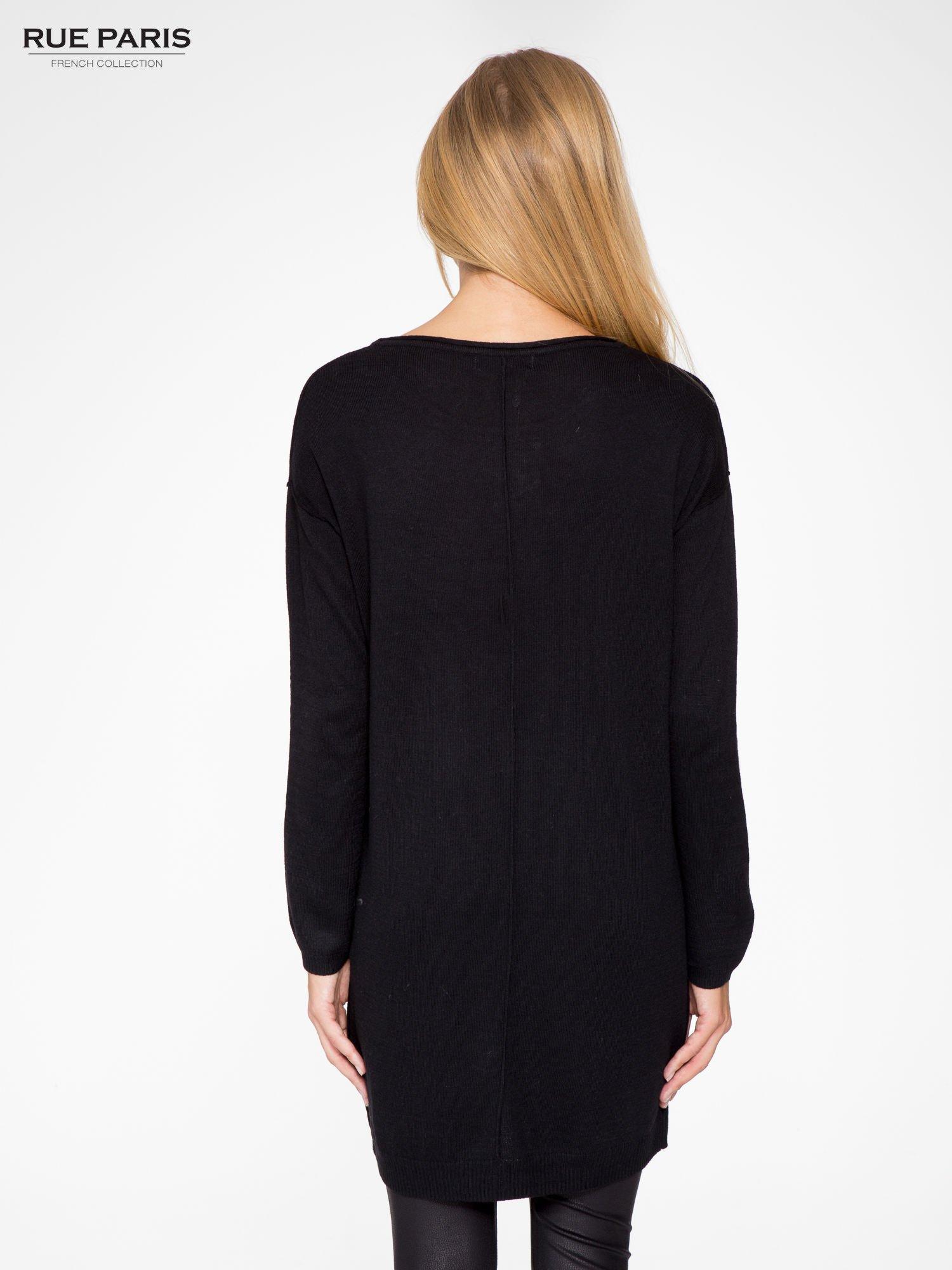 Czarna prosta dzianinowa sukienka                                  zdj.                                  4