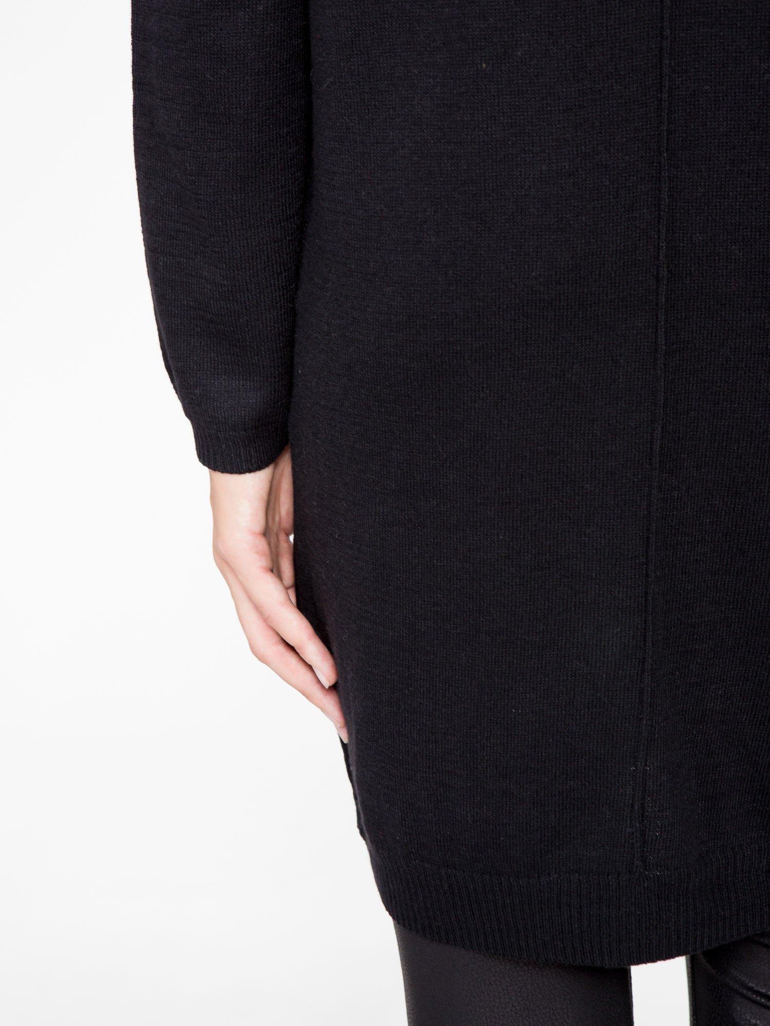 Czarna prosta dzianinowa sukienka                                  zdj.                                  8