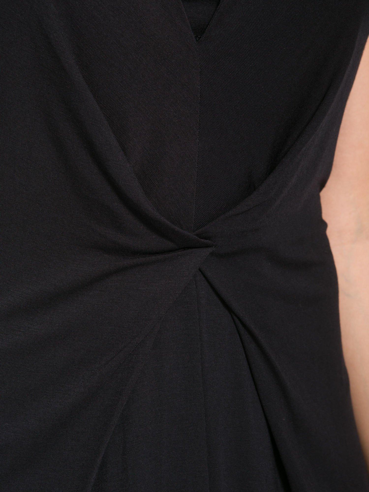Czarna prosta sukienka z drapowaniem z przodu                                  zdj.                                  7