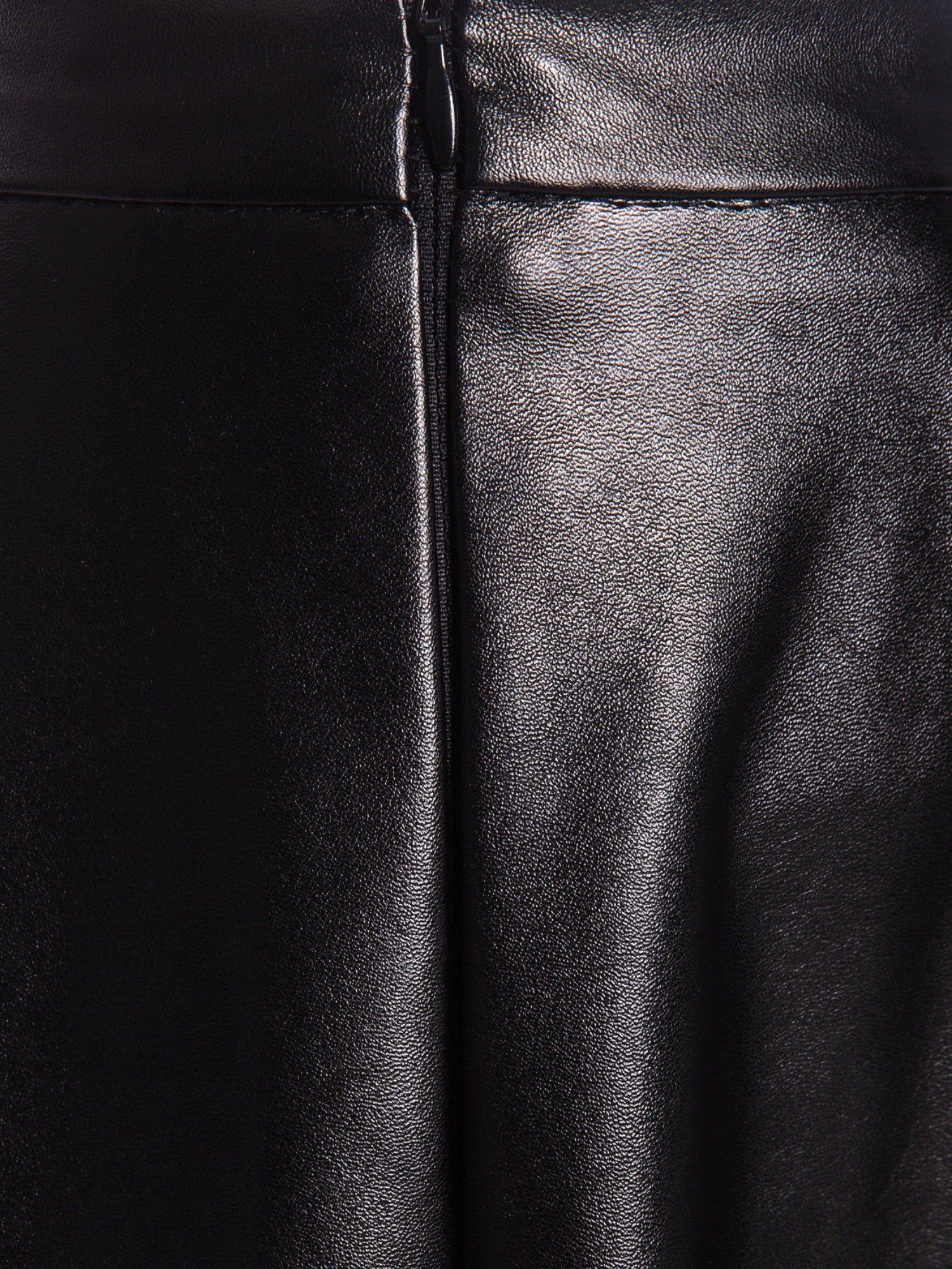 Czarna skórzana spódnica midi szyta z półkola                                  zdj.                                  6