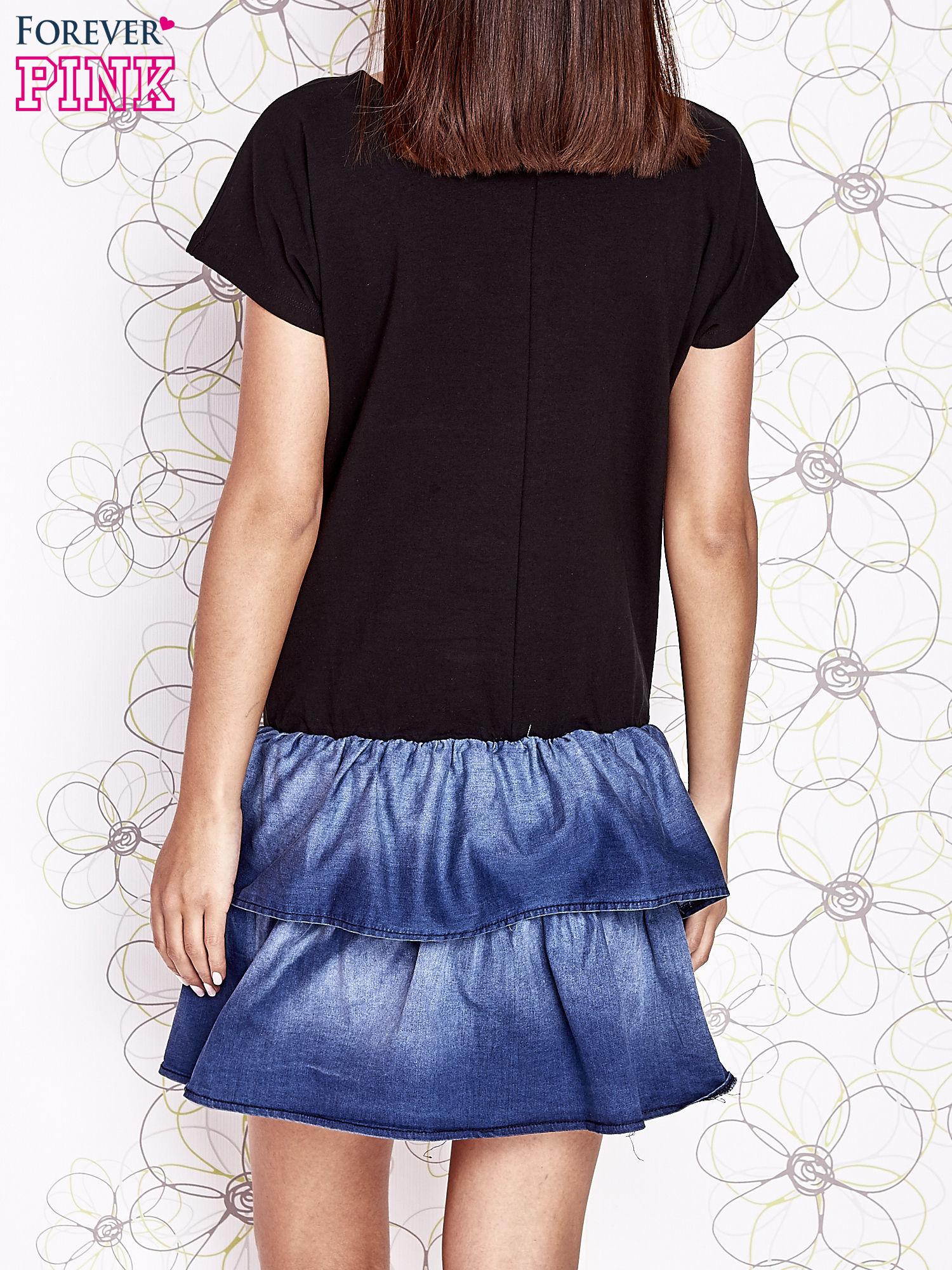 Czarna sukienka dresowa z jeansowym dołem                                  zdj.                                  4