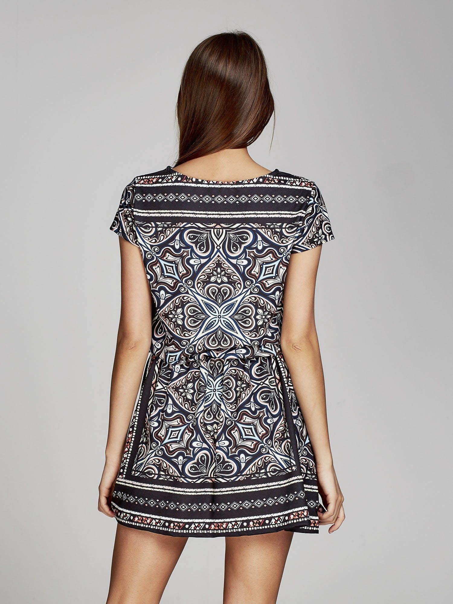 0c8903acf0 Czarna sukienka w orientalne wzory - Sukienka na co dzień - sklep ...