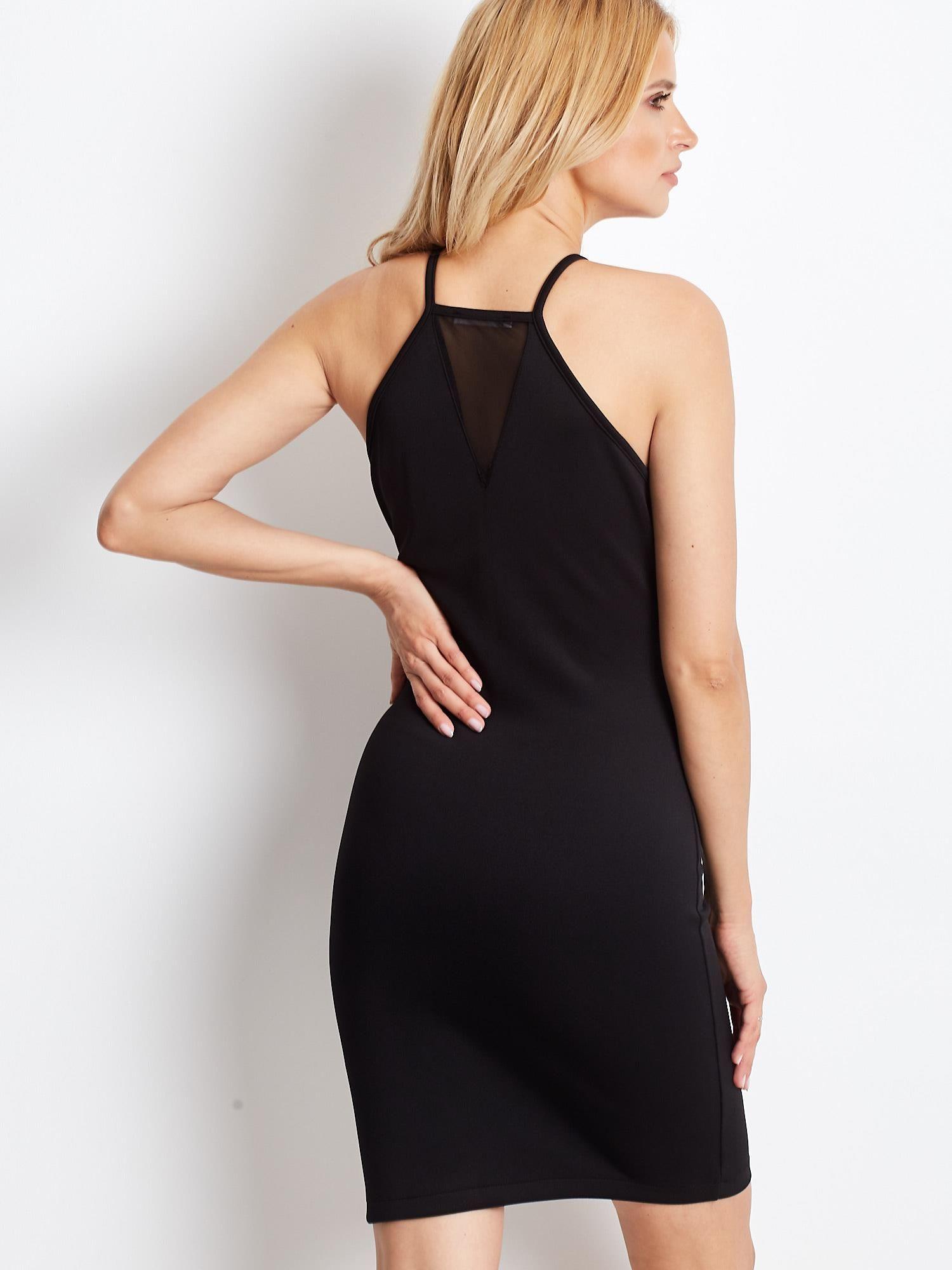 62f008317a Czarna sukienka z dekoltem halter i siateczkowymi wstawkami - Sukienka  koktajlowa - sklep eButik.pl