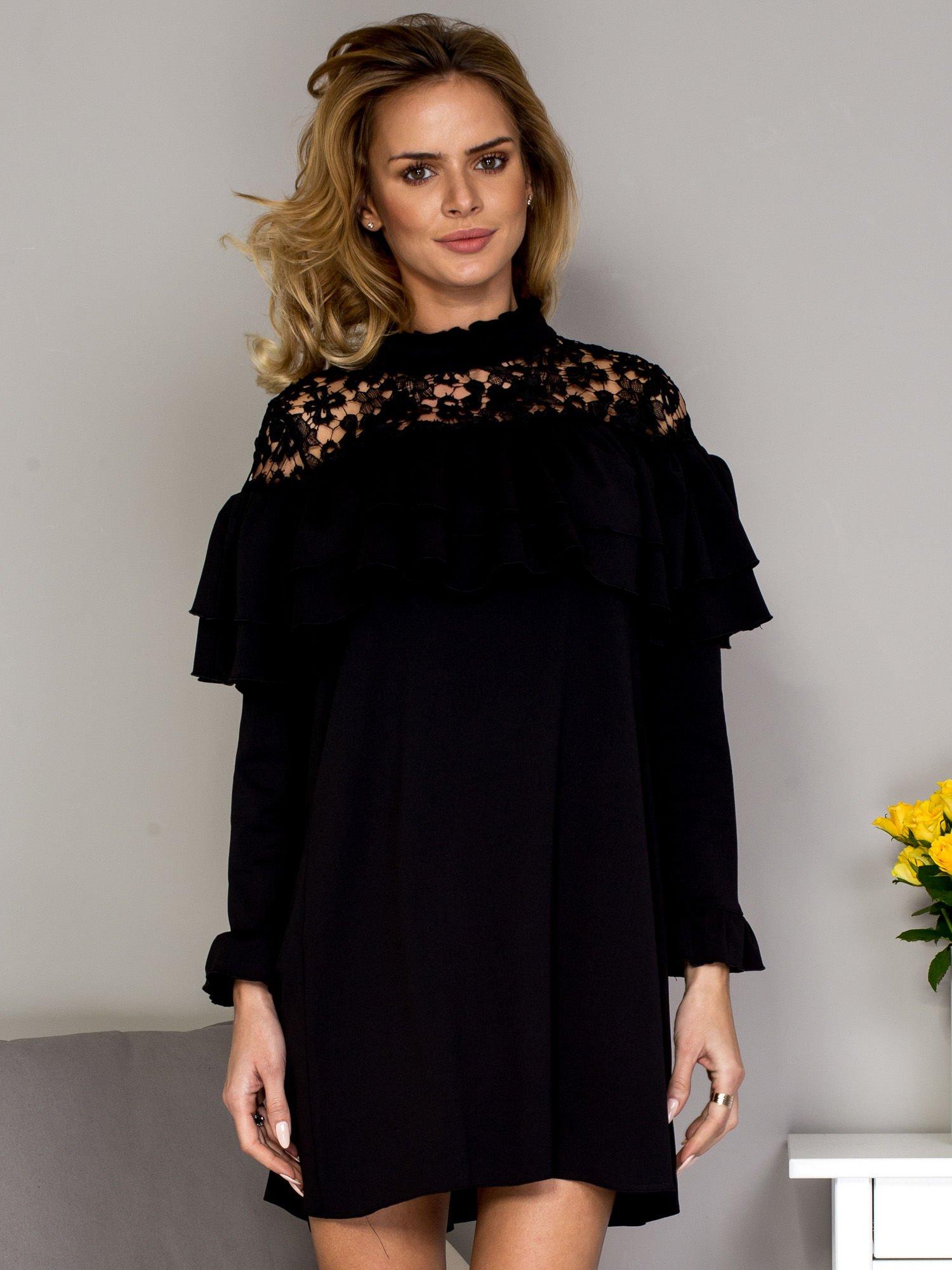 1b730c7e68 Czarna sukienka z koronkową wstawką - Sukienka koktajlowa - sklep ...